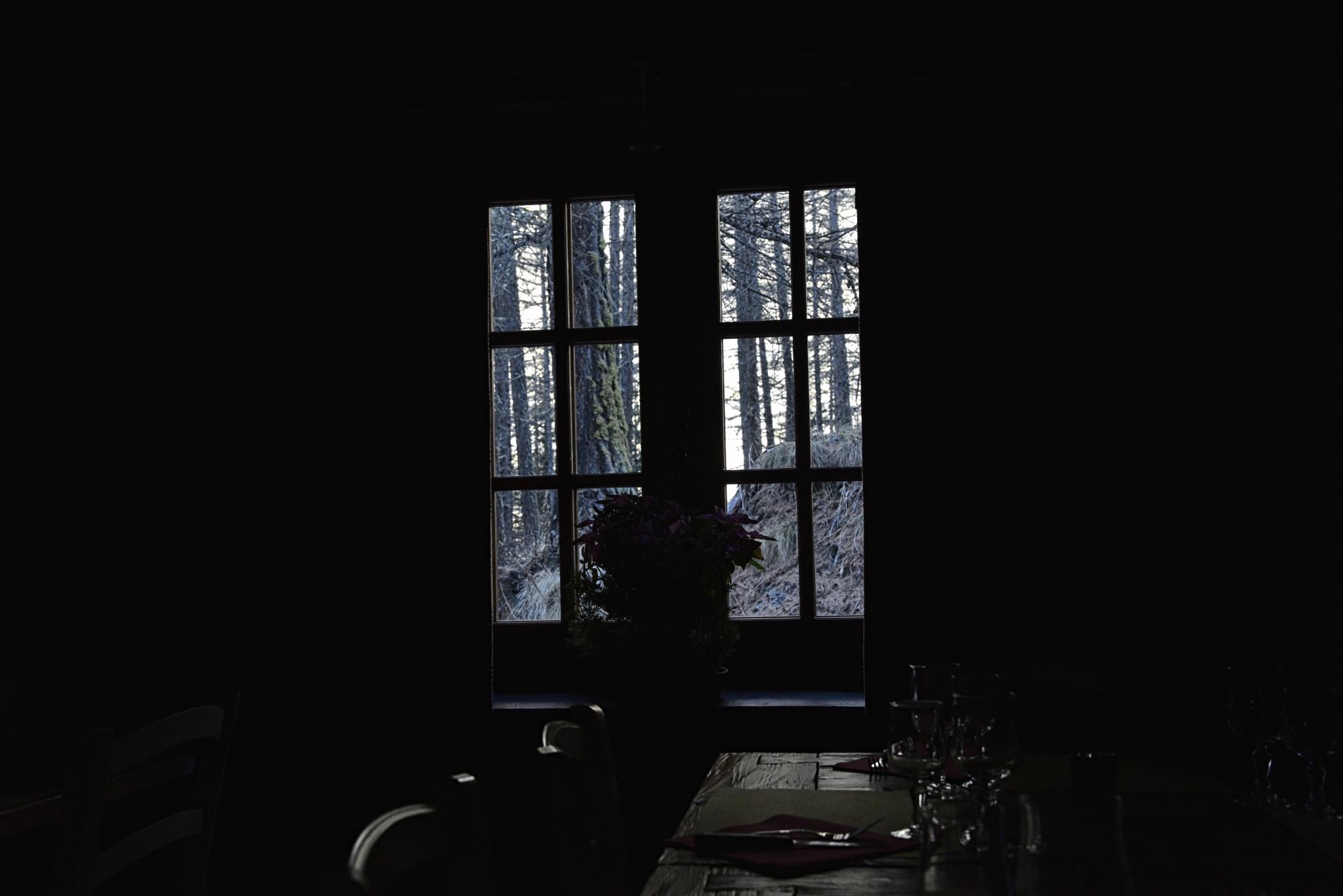 window mountain by ernesto amato