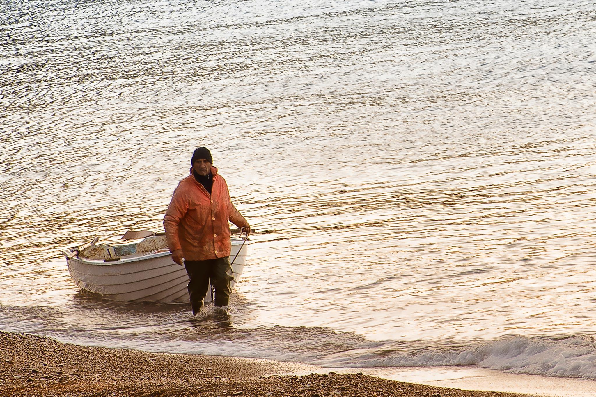 Photo in Random #landing at dawn #sbarco all'alba #fisherman #boat #shoreline #beach #sea #ernesto amato