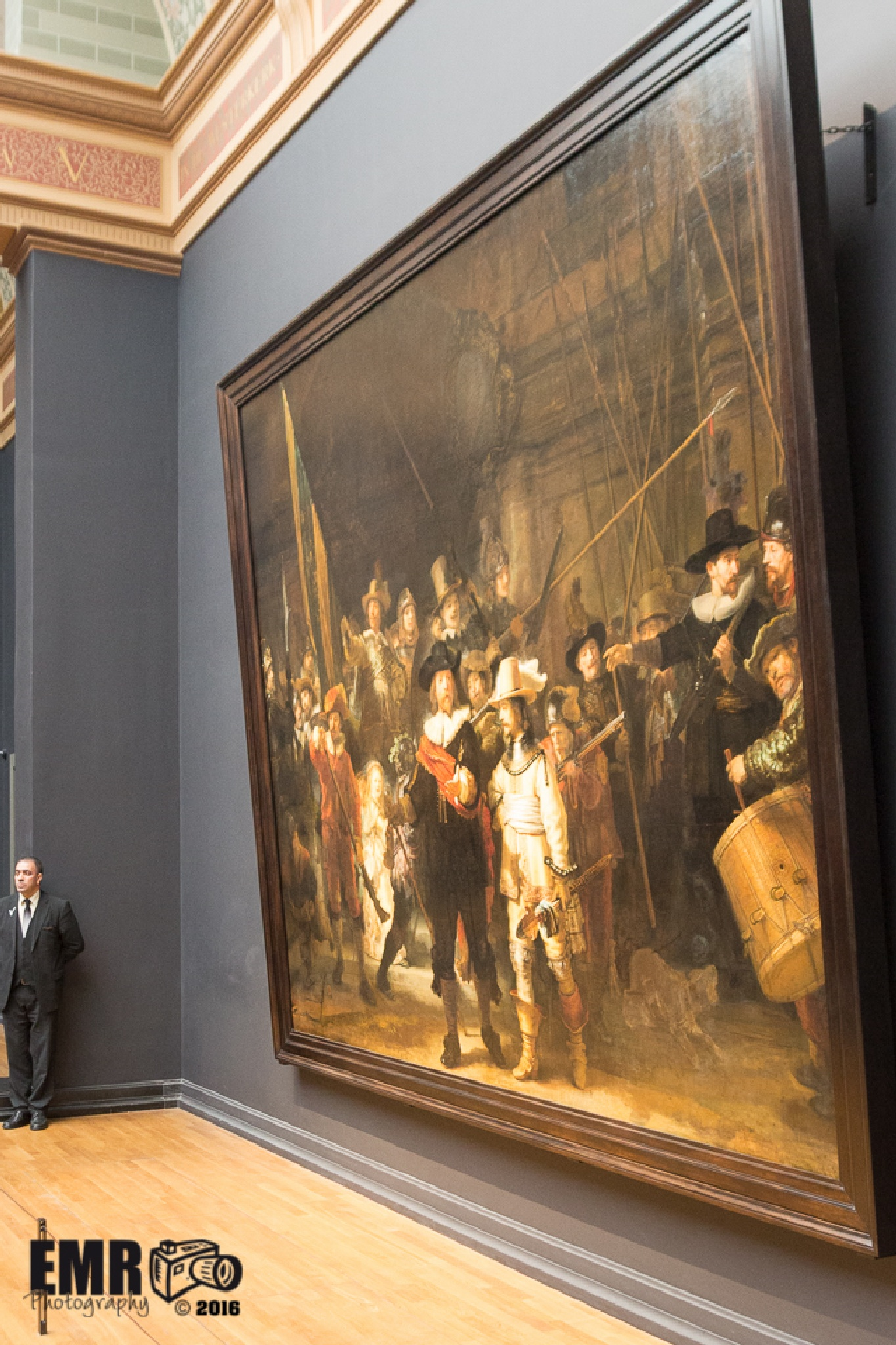 De Nachtwacht - Rembrandt van Rijn (zijkant) by EMR Photography & Fotomodel Marijn
