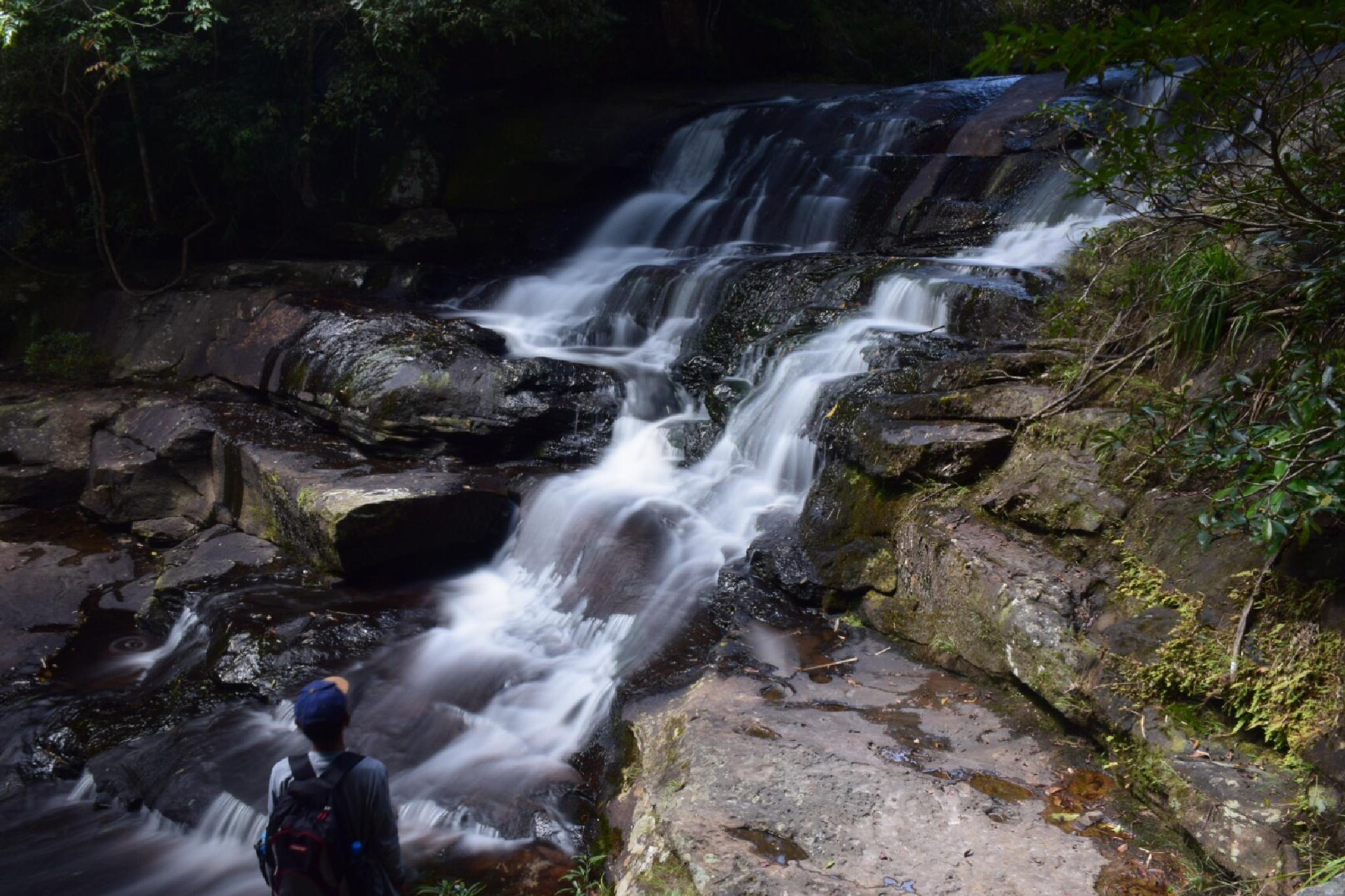 Exploer waterfall by Jade aHa
