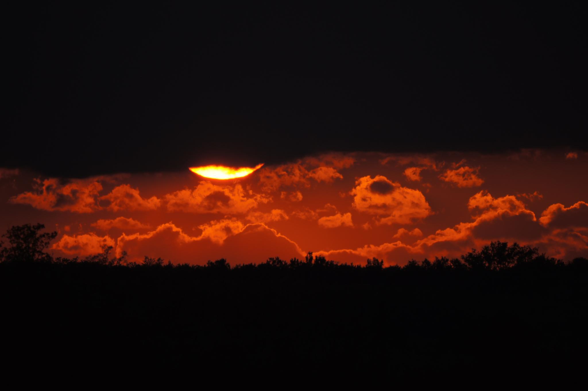 sunset by hunyadigeza