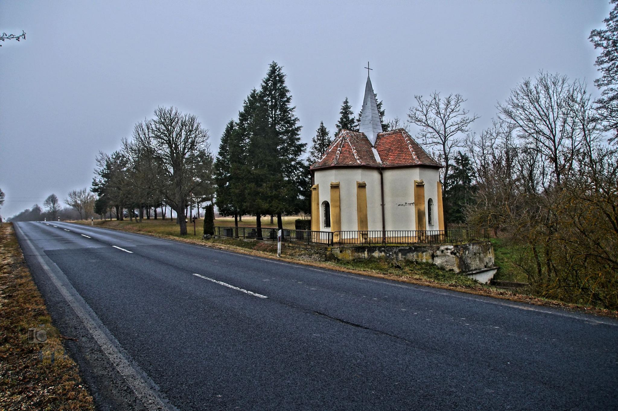 Dec.23, Old Chapel of St. Stephen near the road by hunyadigeza