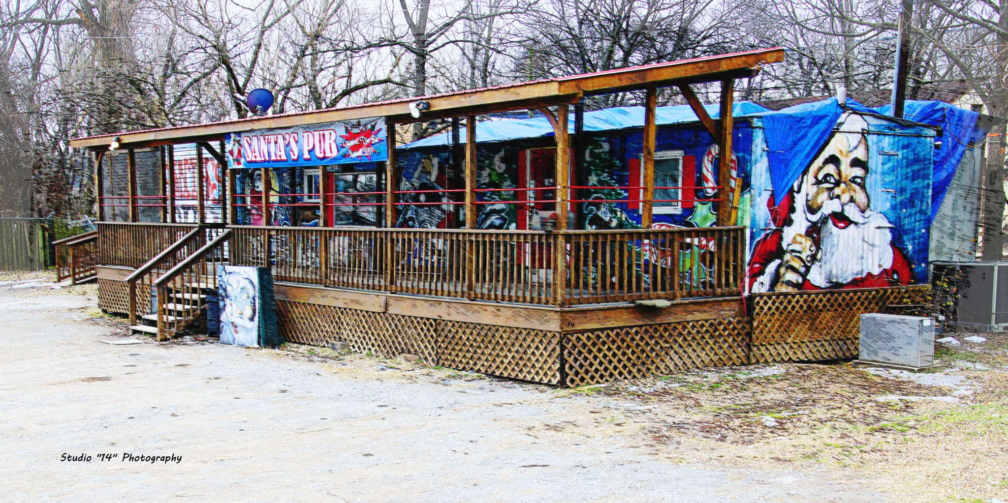 Santa's Pub by Gary Cole