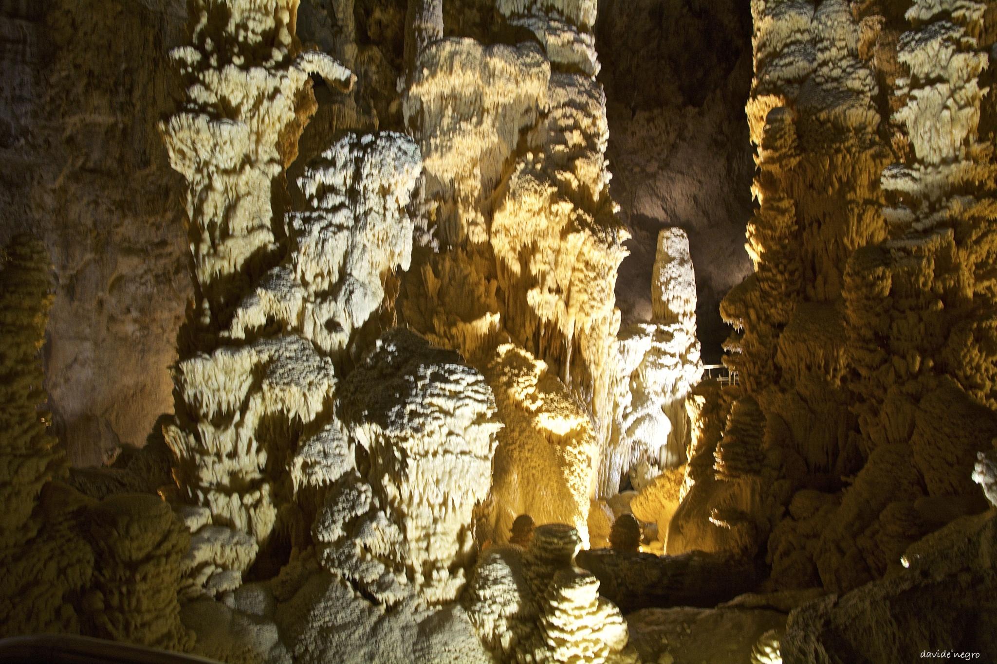 grotte di Frasassi by DavideNegro