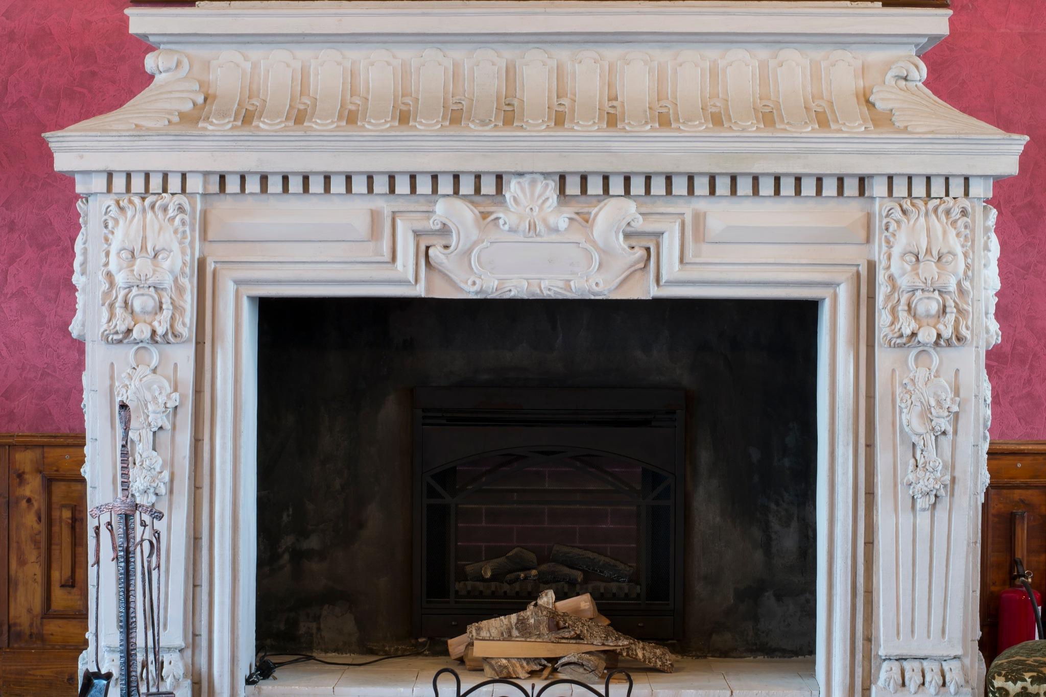 fireplace by Roman Borshovskyy