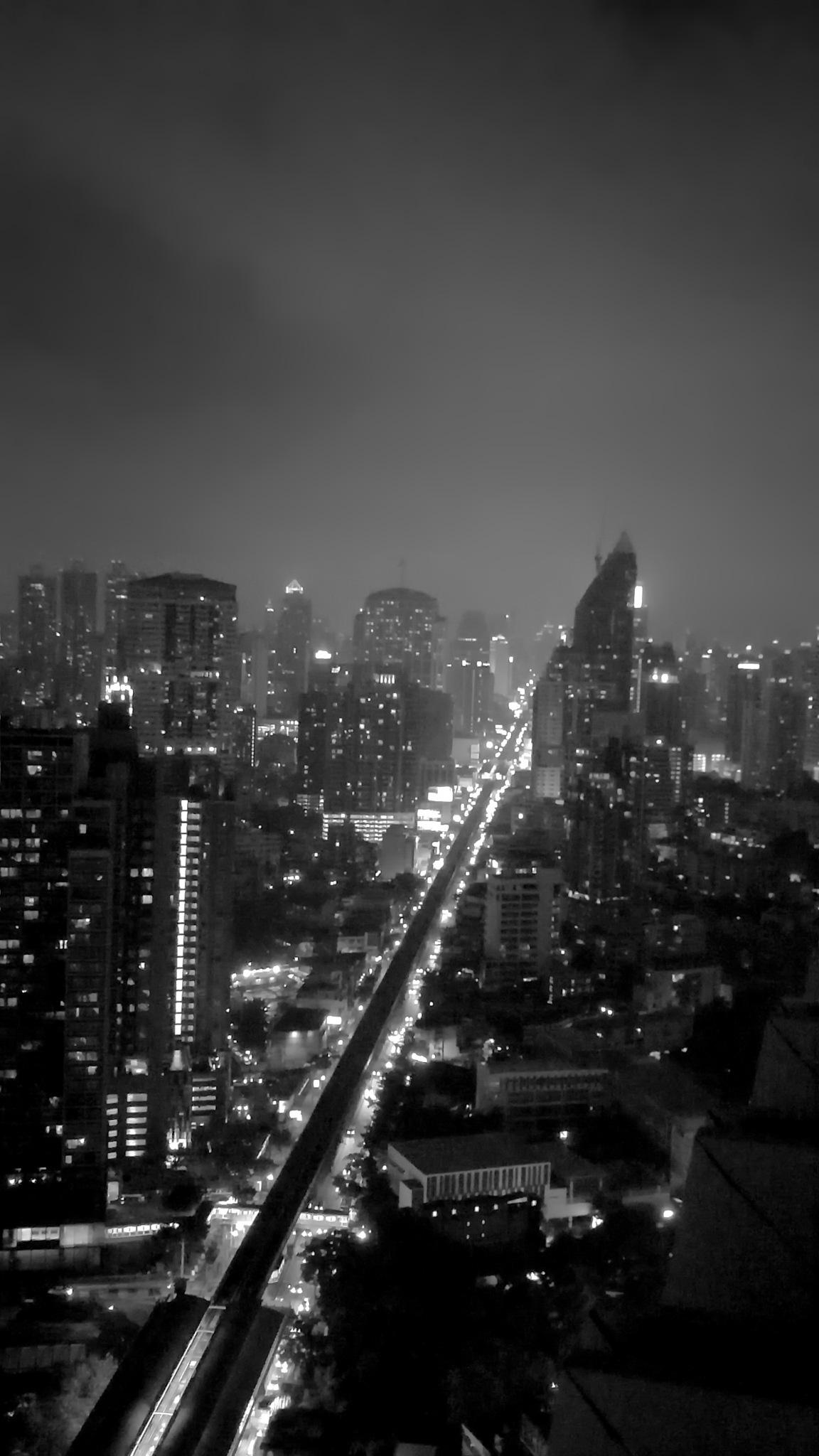 Bangkok Cloudy Night by Bert Lee