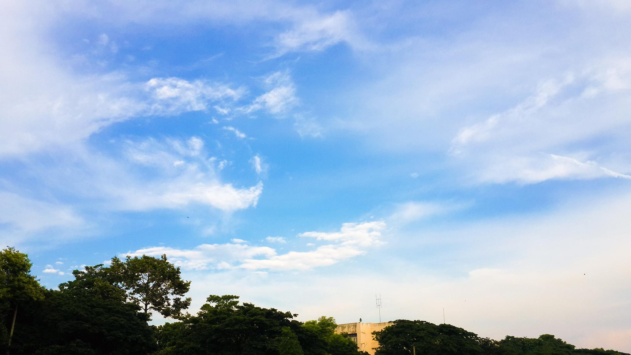 Nice sky by kp2609