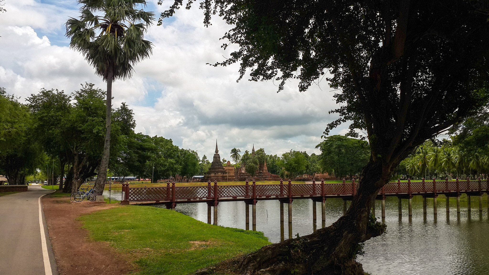 Sukhothai historical park by kp2609