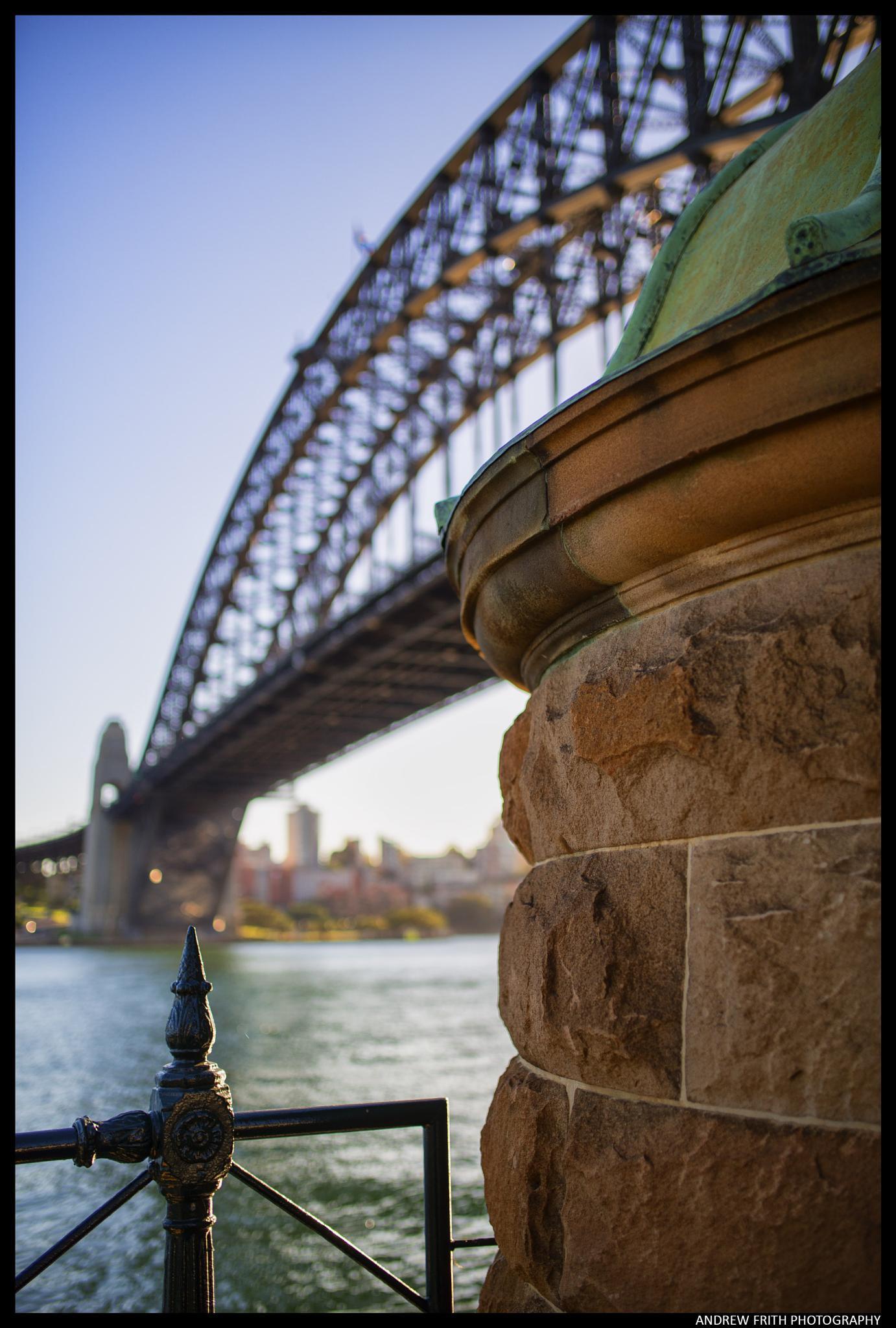 Sydney Harbour Bridge. by andrewfrith