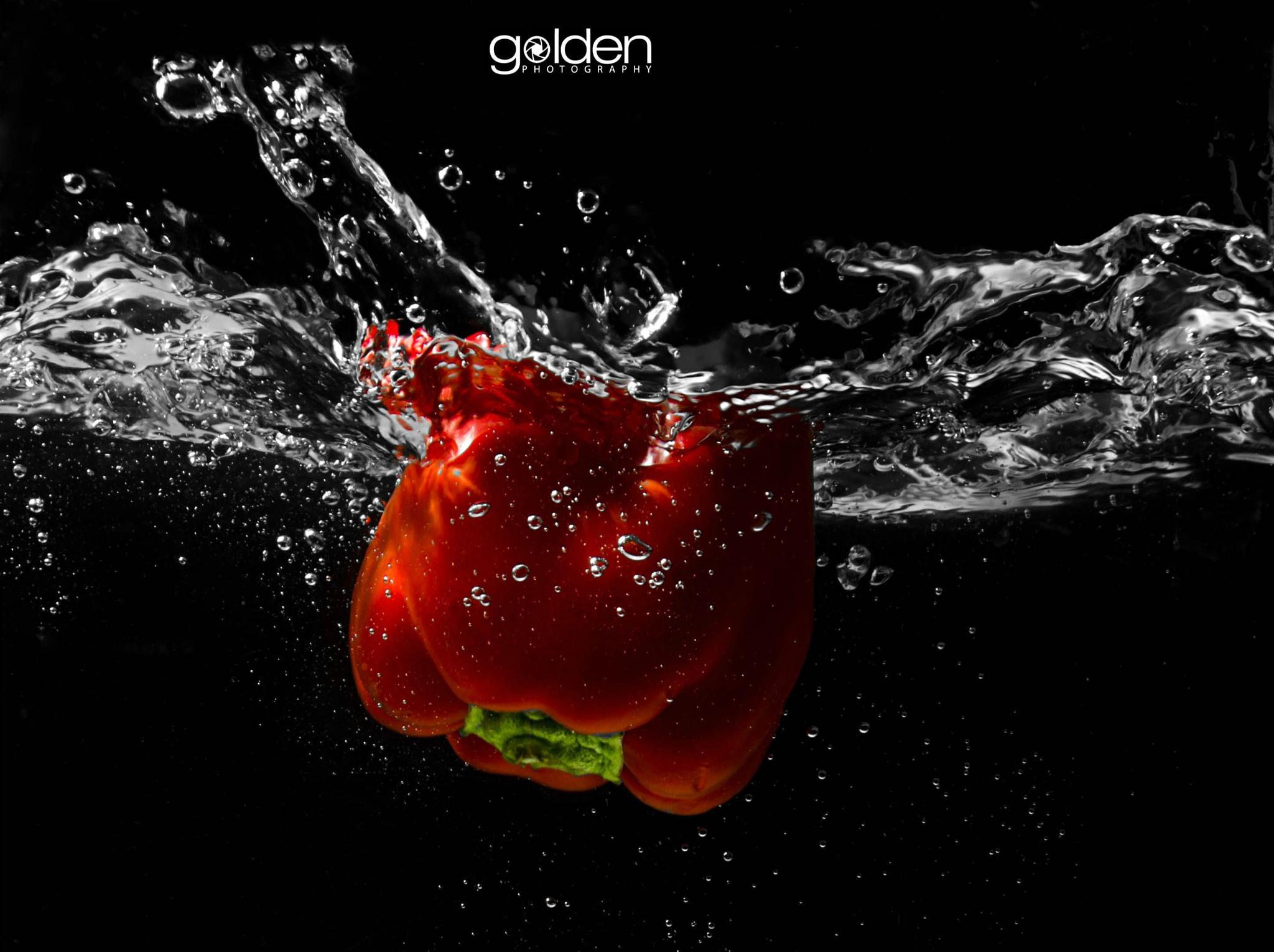 Diving Pepper by golden_samuray