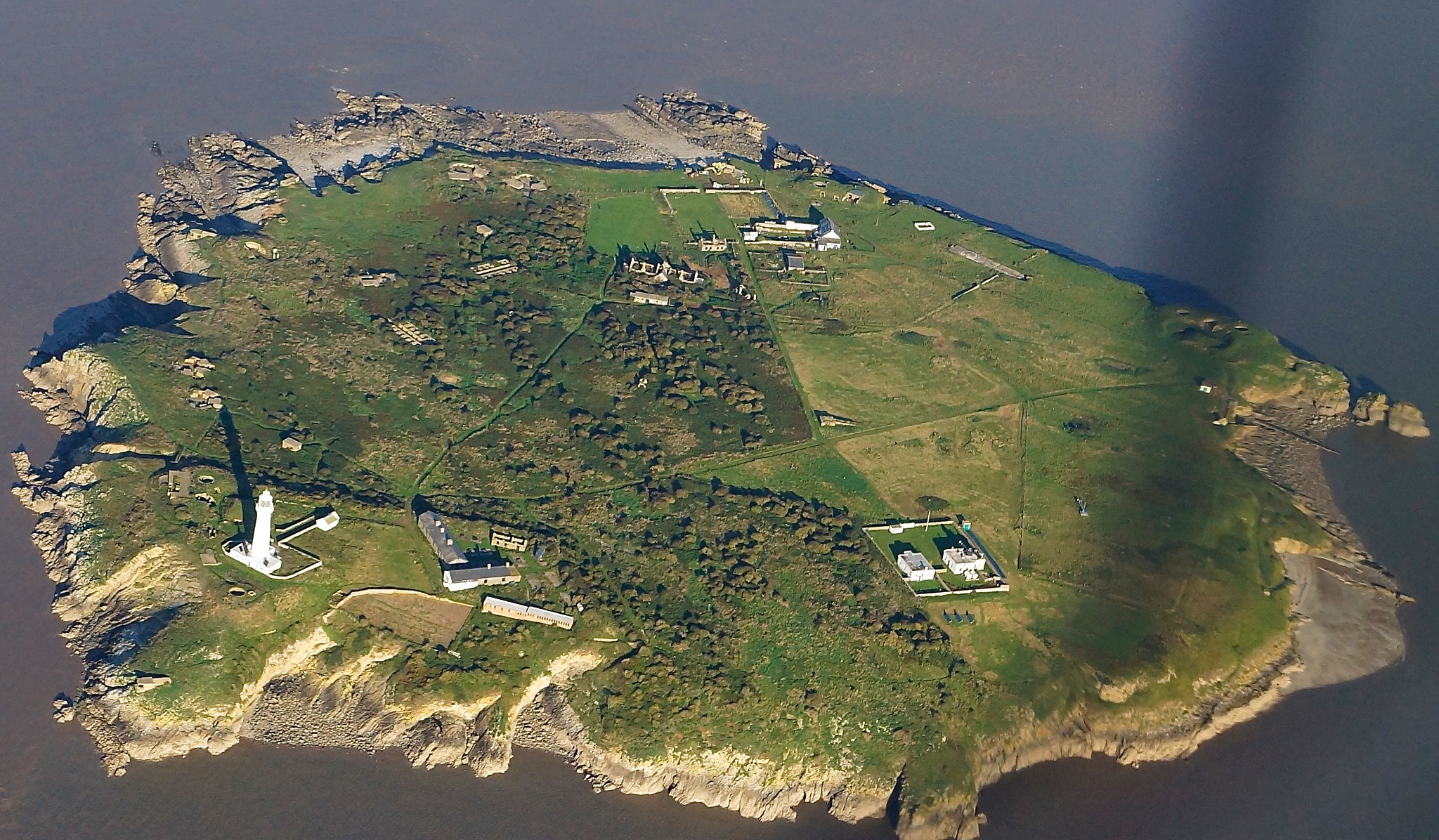 Flatholm Island by JohnBulpin