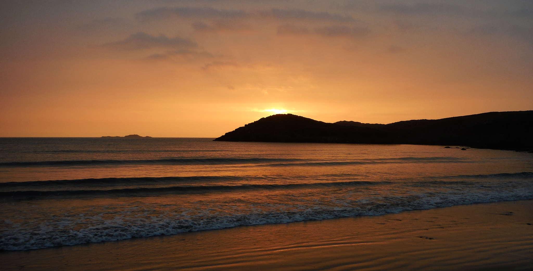 Whitesands Sunset by Piers Hallihan