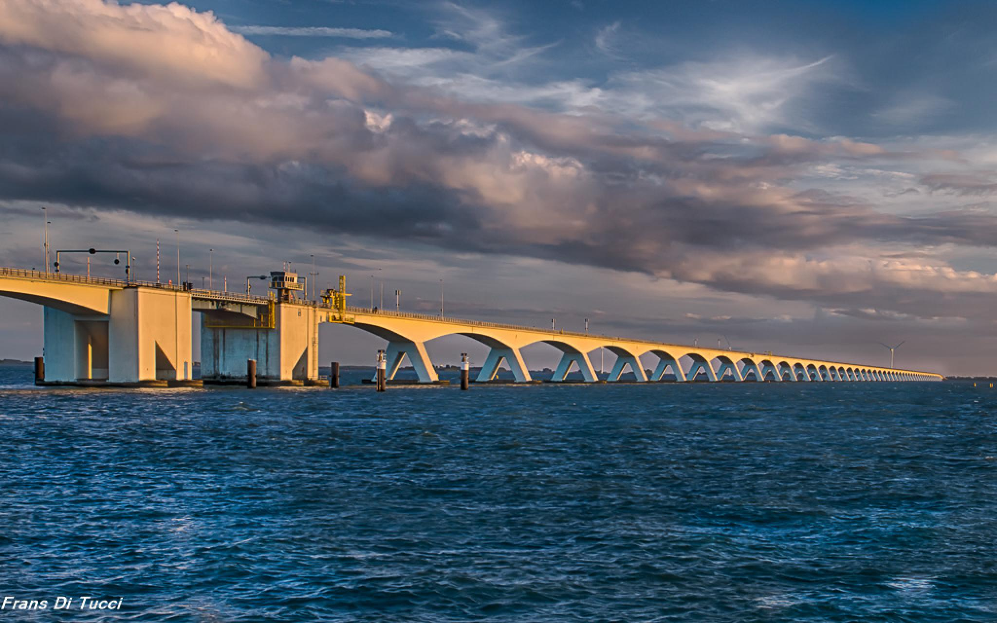 Sunset bridge by frans.ditucci