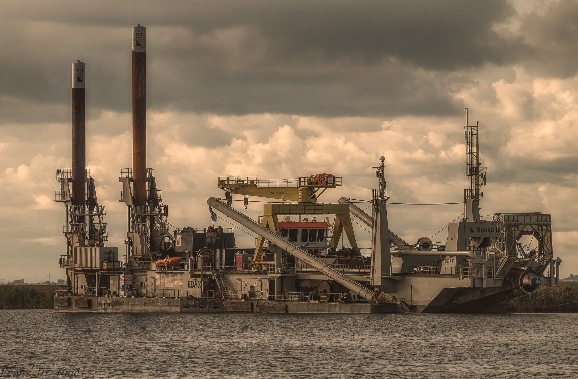 dredge vessel by frans.ditucci