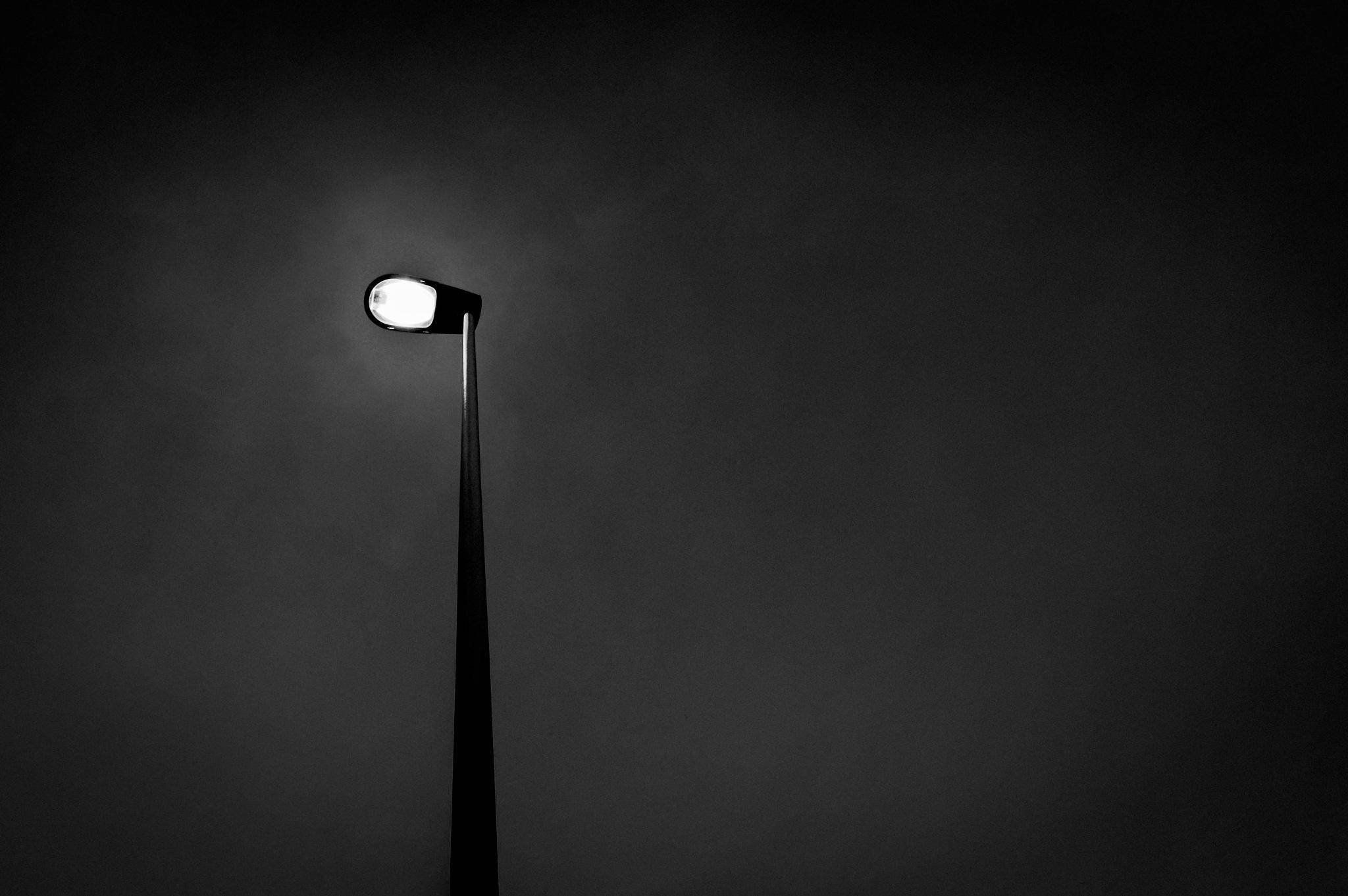 Street Lamp by Deeno