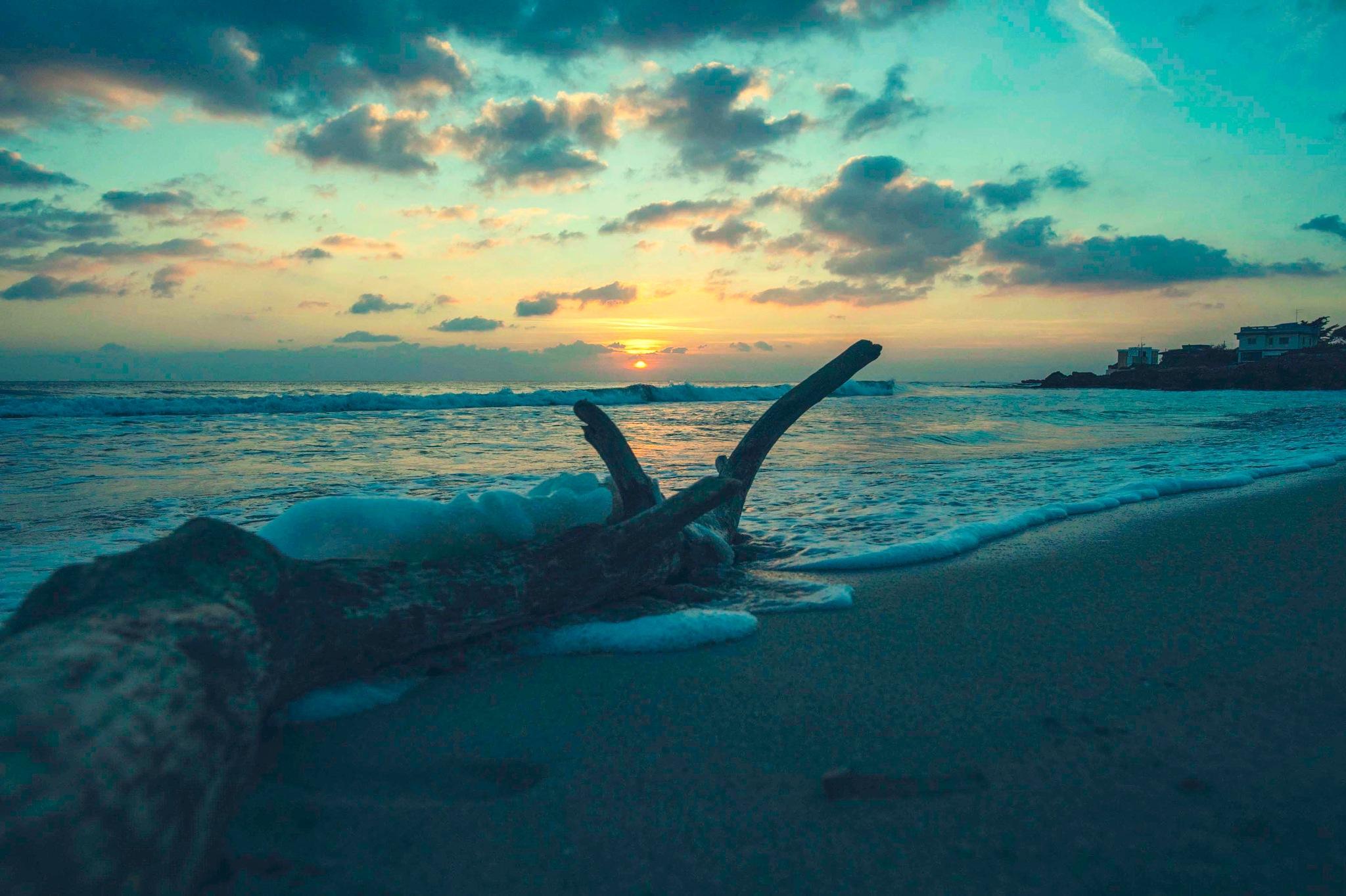 Sunset.. by Deeno