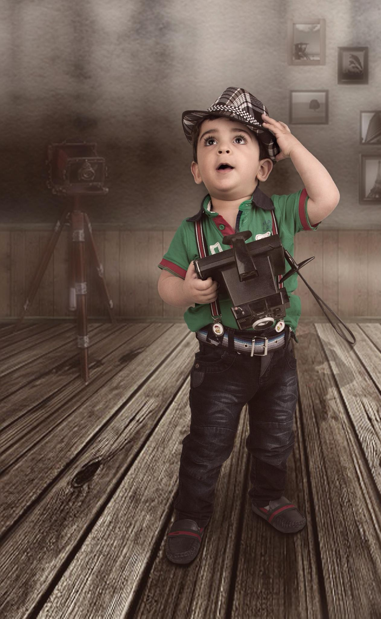 Yazen photographer by Ali Bader