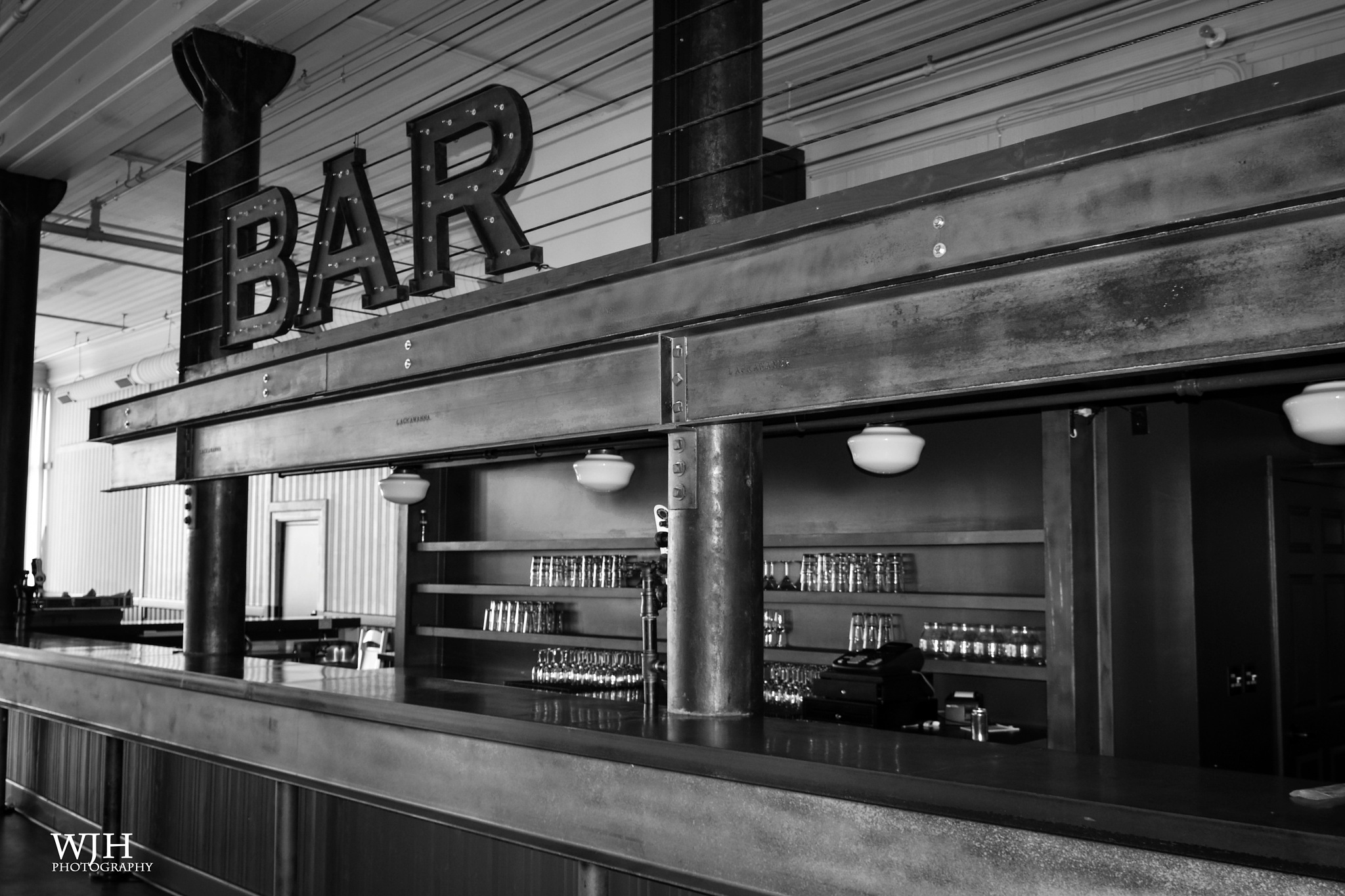 Bar by wjh