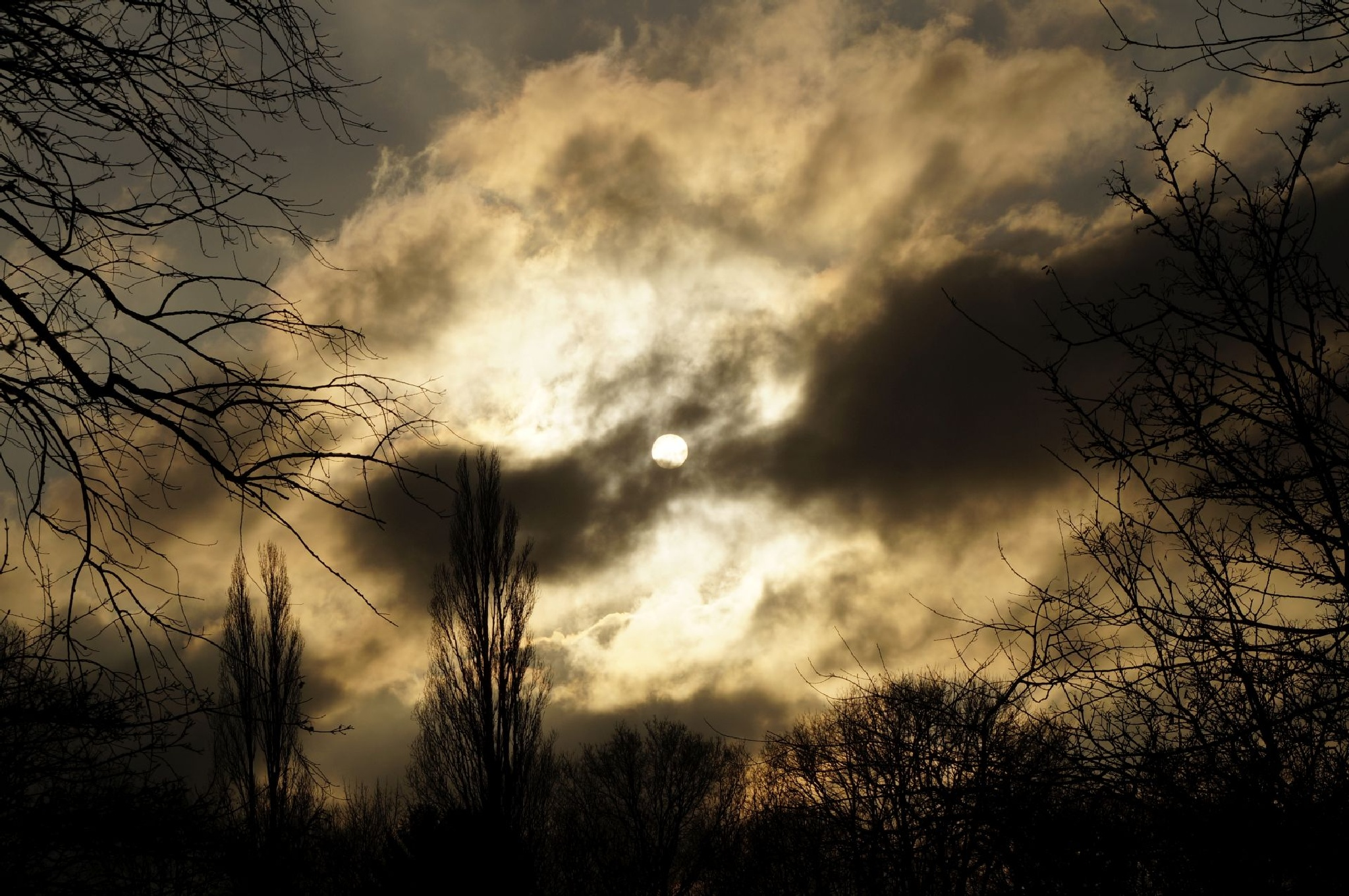 sun in the clouds by Frank Schmidt