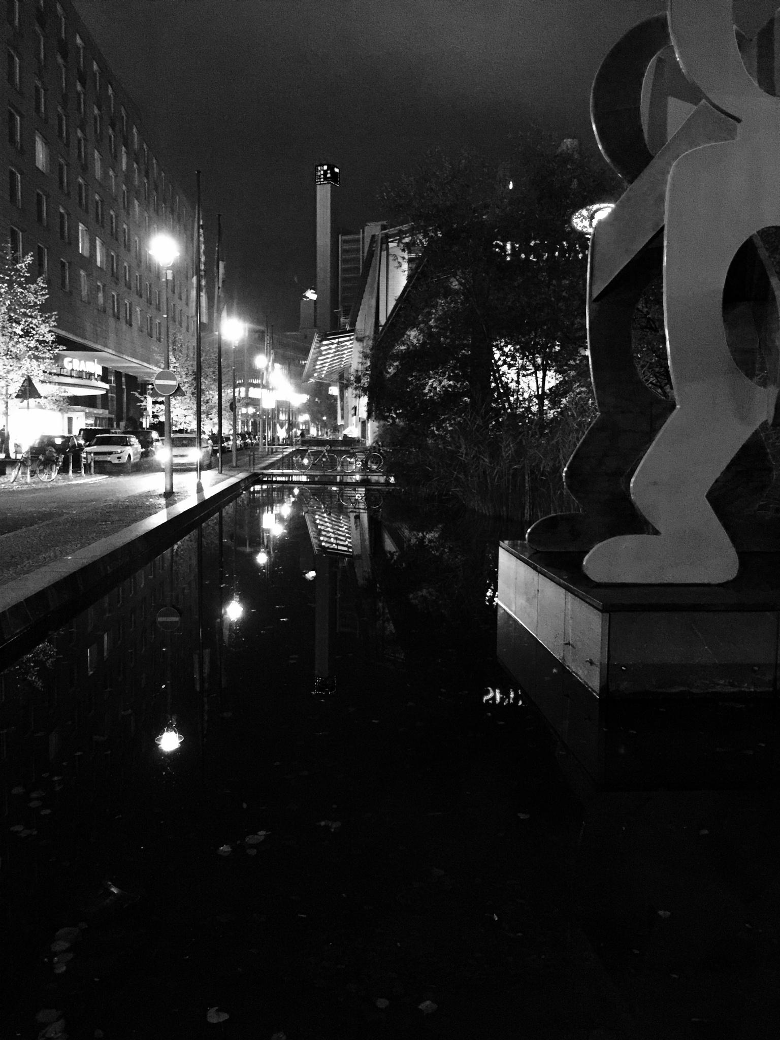 Potsdamer Platz  by AnneTema R.X.