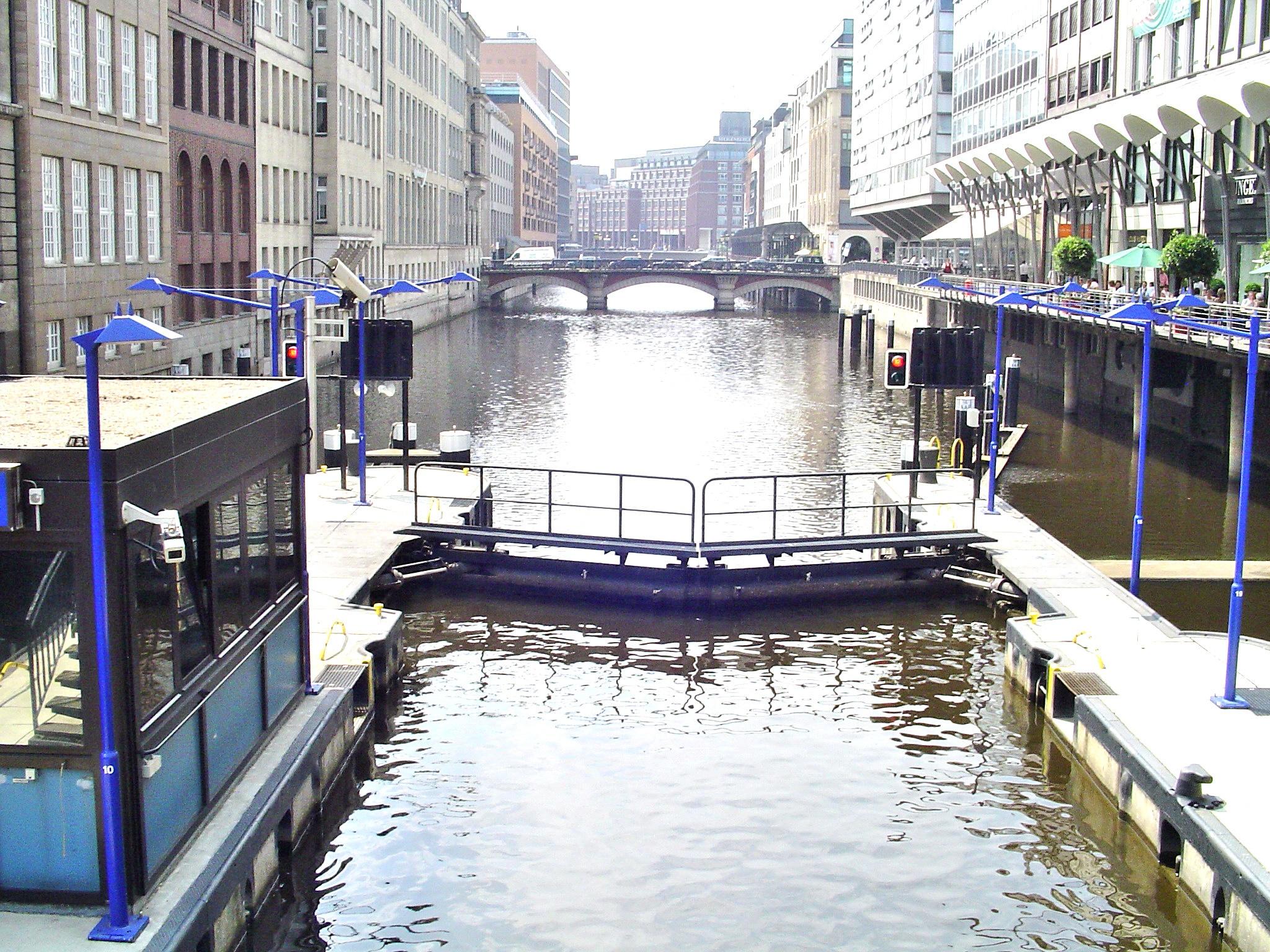 Hamburg by j.hoppe
