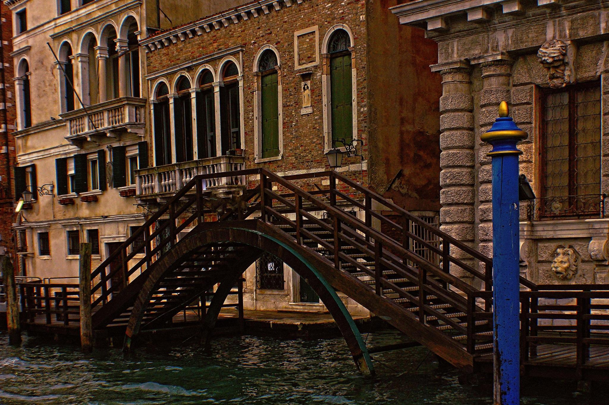 Vecchio Ponte  by silvestro cappellini