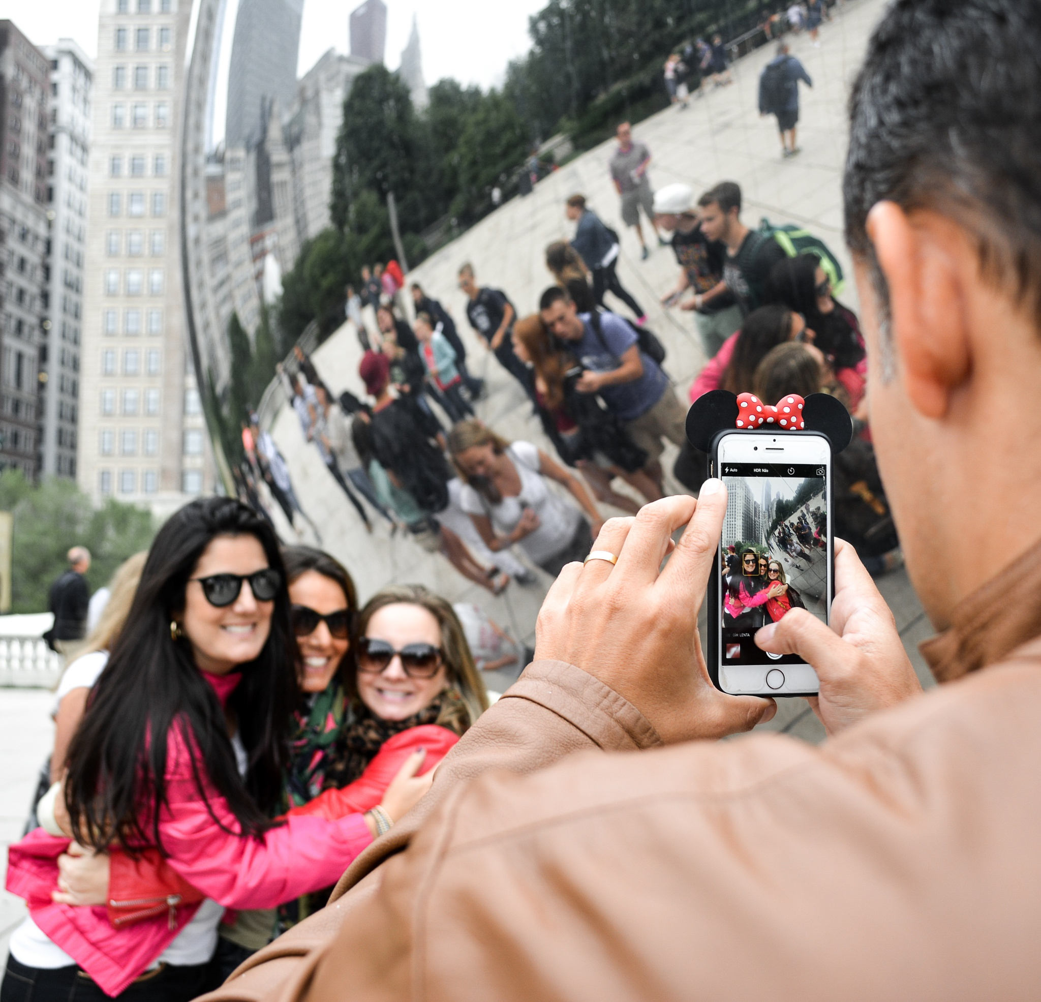 Photos in the bean. by Lore Mendez