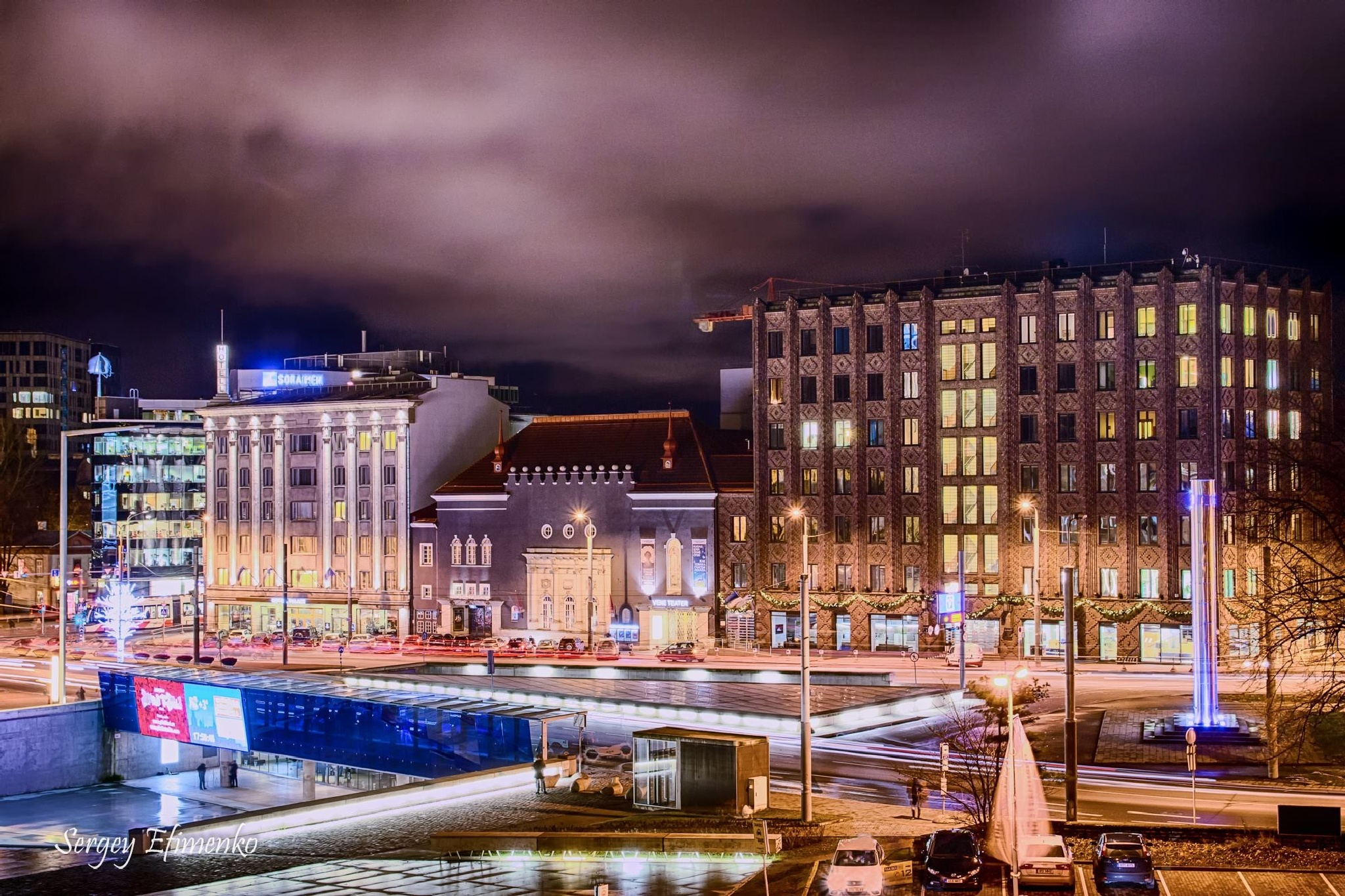 Talinn at night by Sergey Efimenko