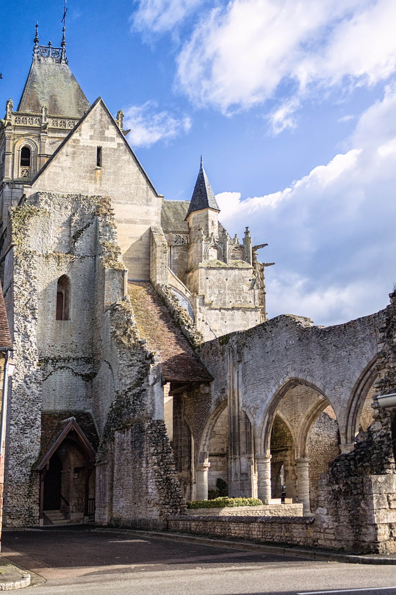 Notre-Dame-XIII-Ecouche-Orne-France by hubert61