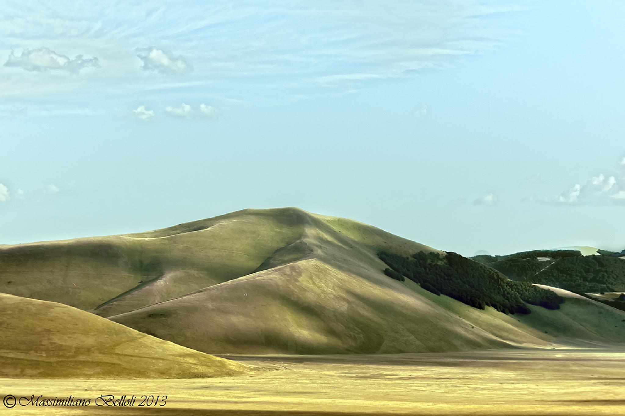 winding hills by Massimiliano Belloli