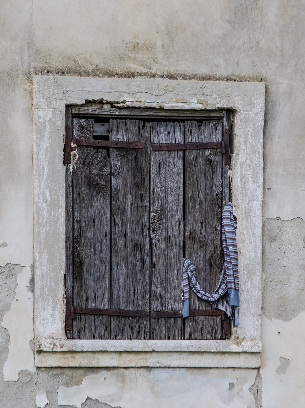 old door by Angelo Petrozza