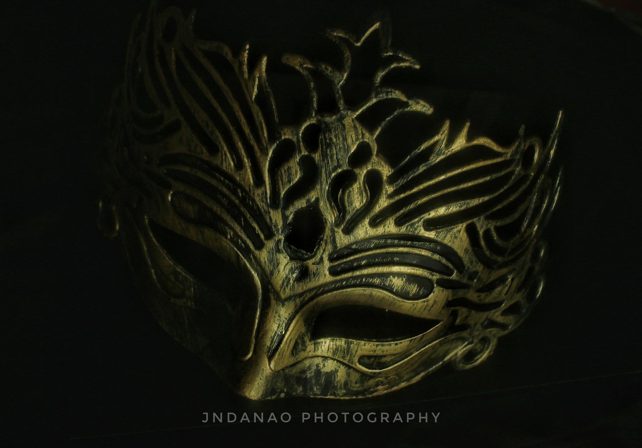 Golden mask by johnNIELDANAO