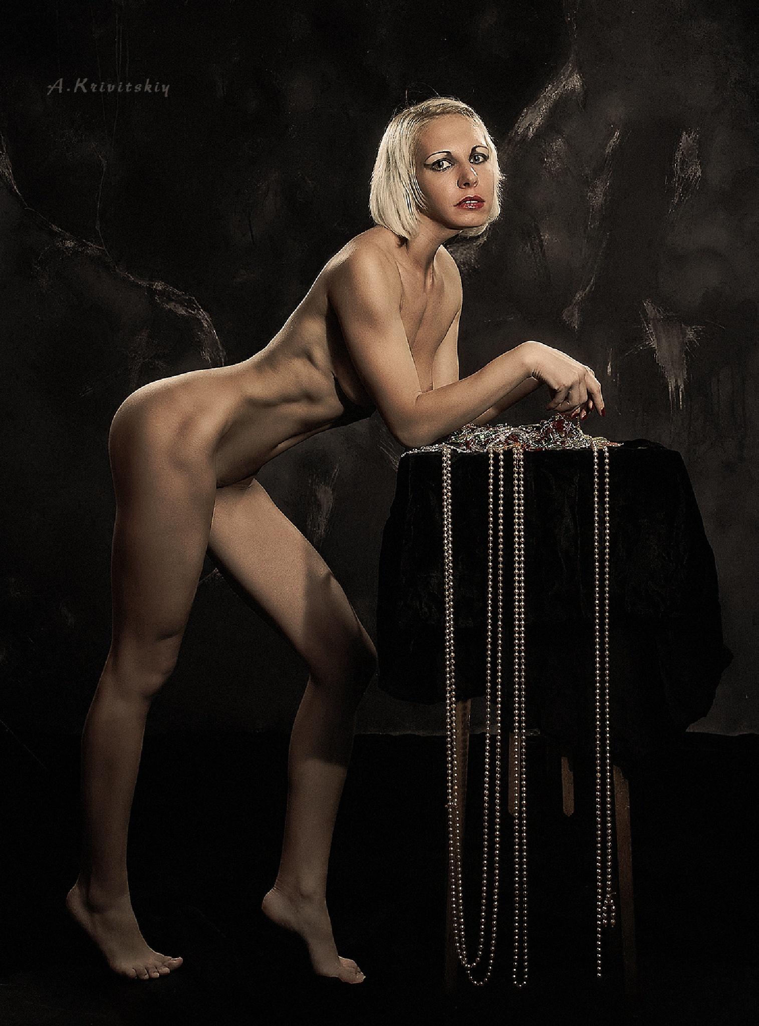 Nude woman, studio. by krivitskiy