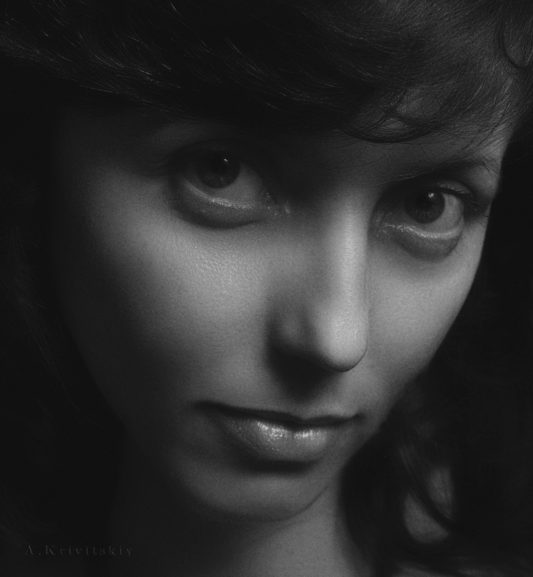Portrait of a pretty girl in a small studio . Портрет симпатичной девушки в маленькой студии. by krivitskiy