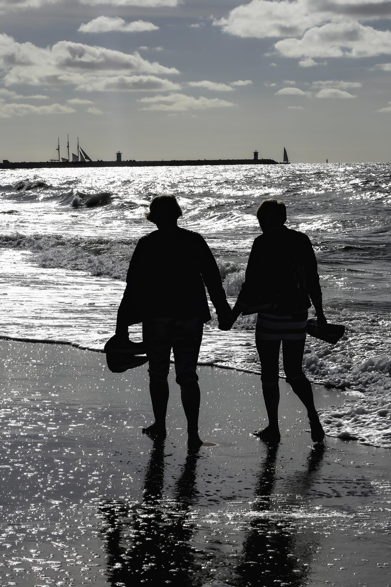 a walk on the beacht by Felix Jean Touboul
