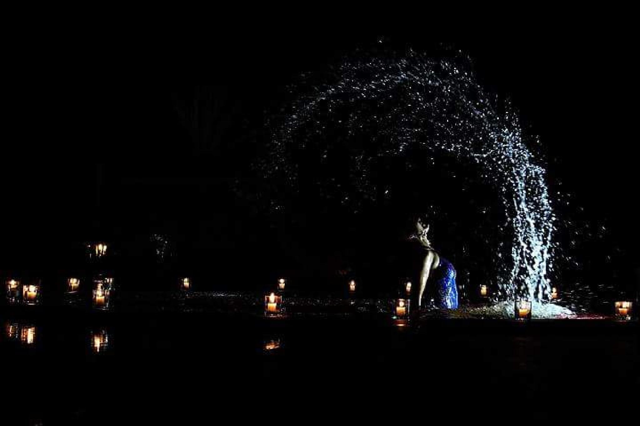 splash by Maras