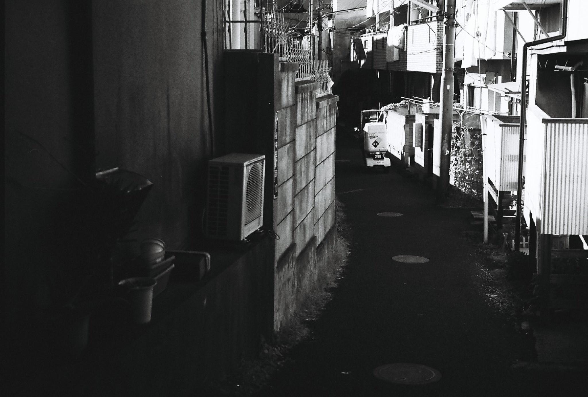 谷中 Yanaka by mot11