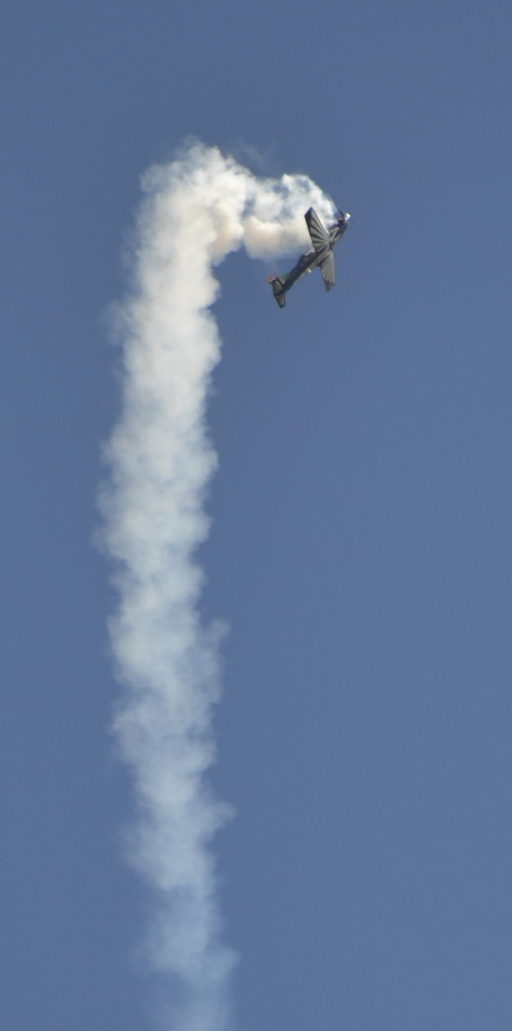 Aerobatics by Louis Blom Photography