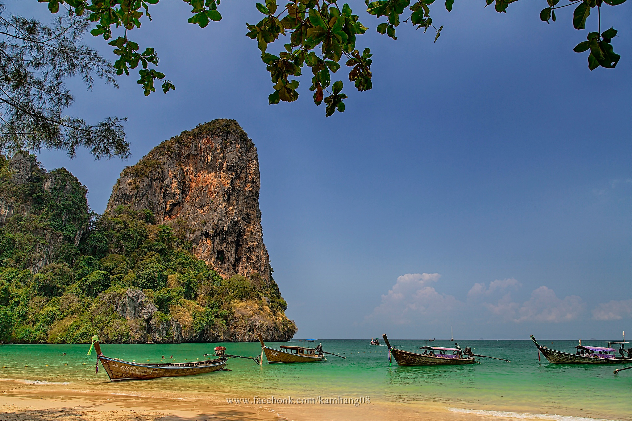 This is Krabi, Thailand. by kamhang kungquang