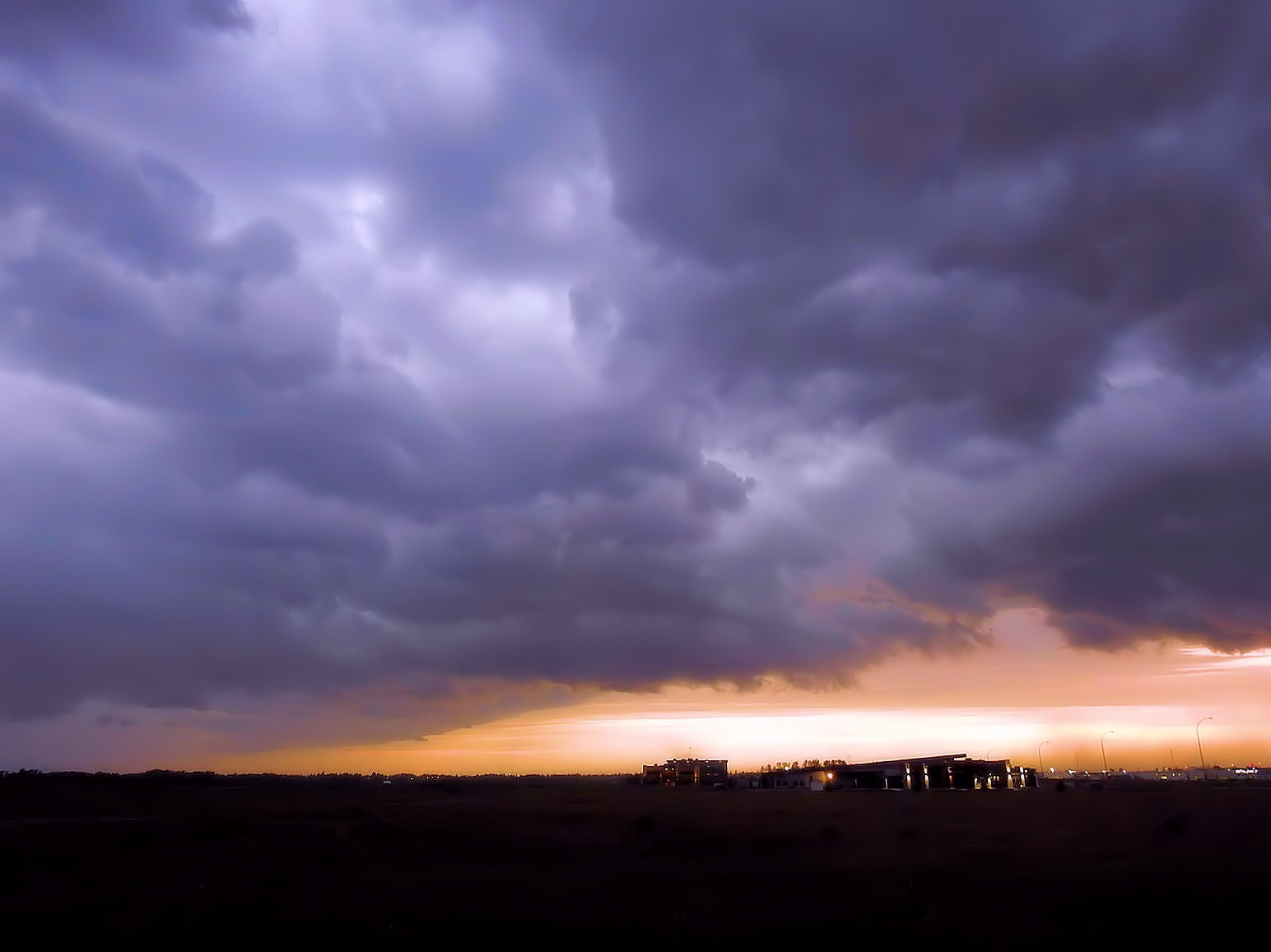 Sunset Storm by tricialpat