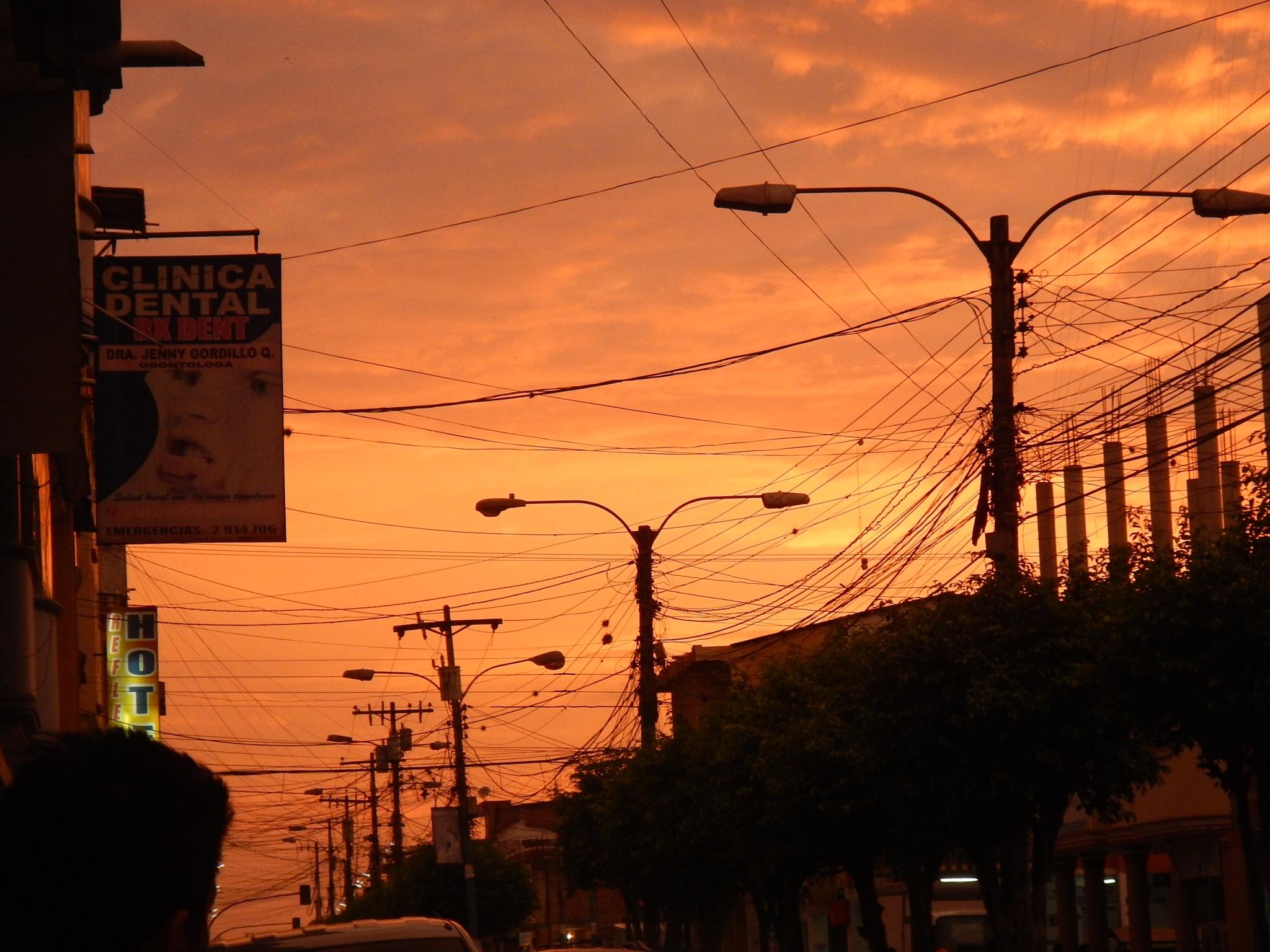 Ecuadorian Sunset by rhondaobason