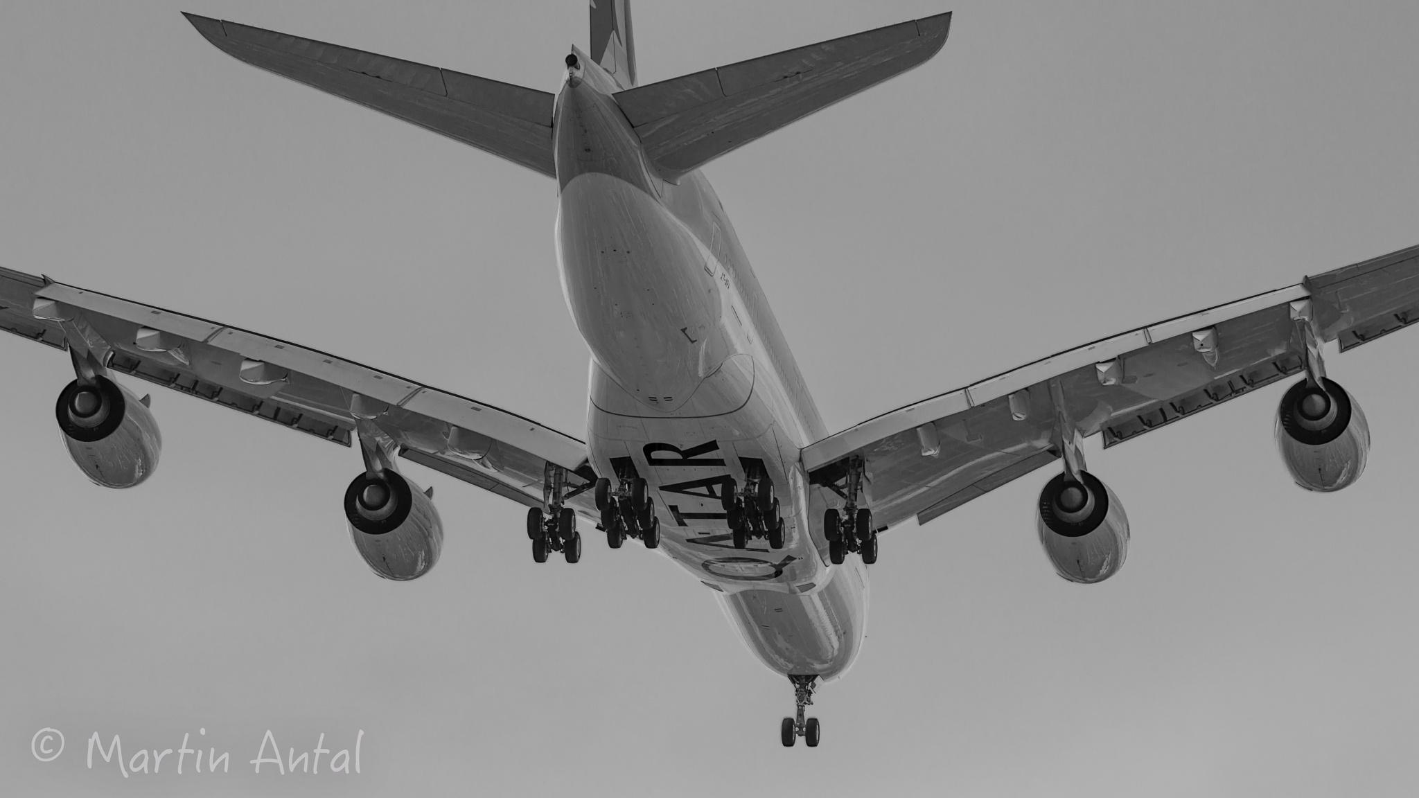 Airbus A380 London Heathrow approach... by MartinAntal