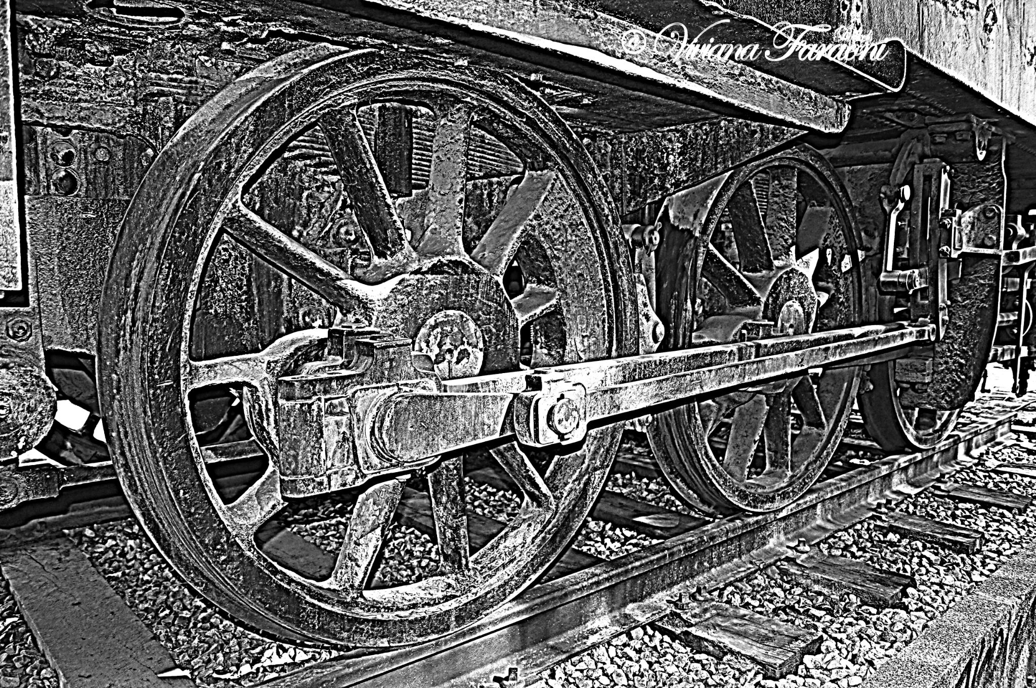 tren viejo 3 by vivianafaraoni