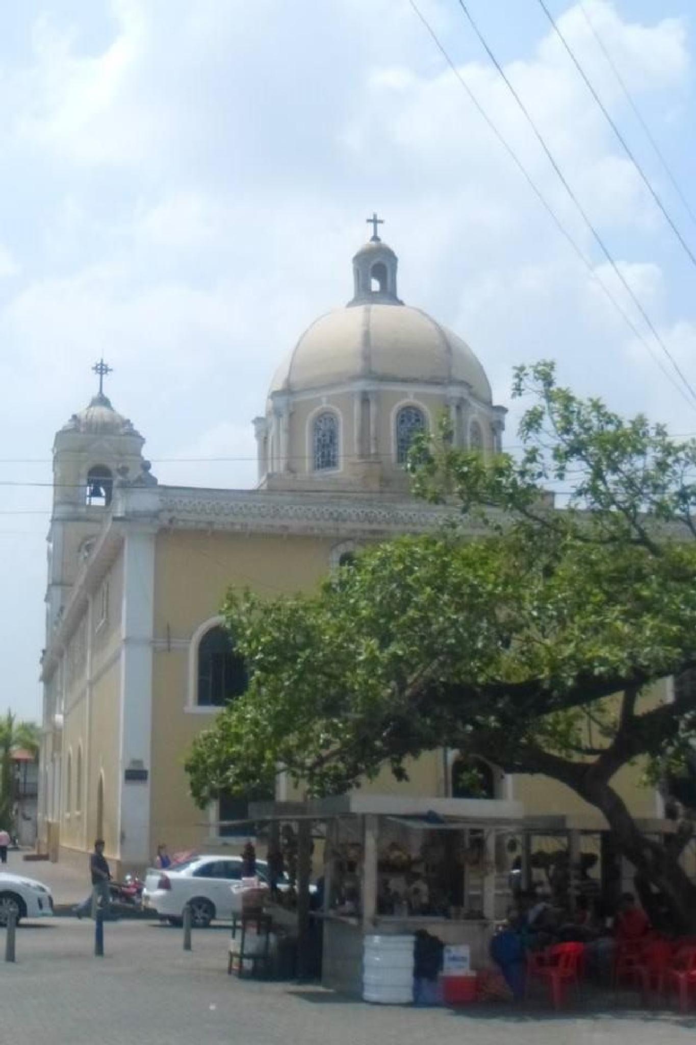 Sincelejo Church by castariza