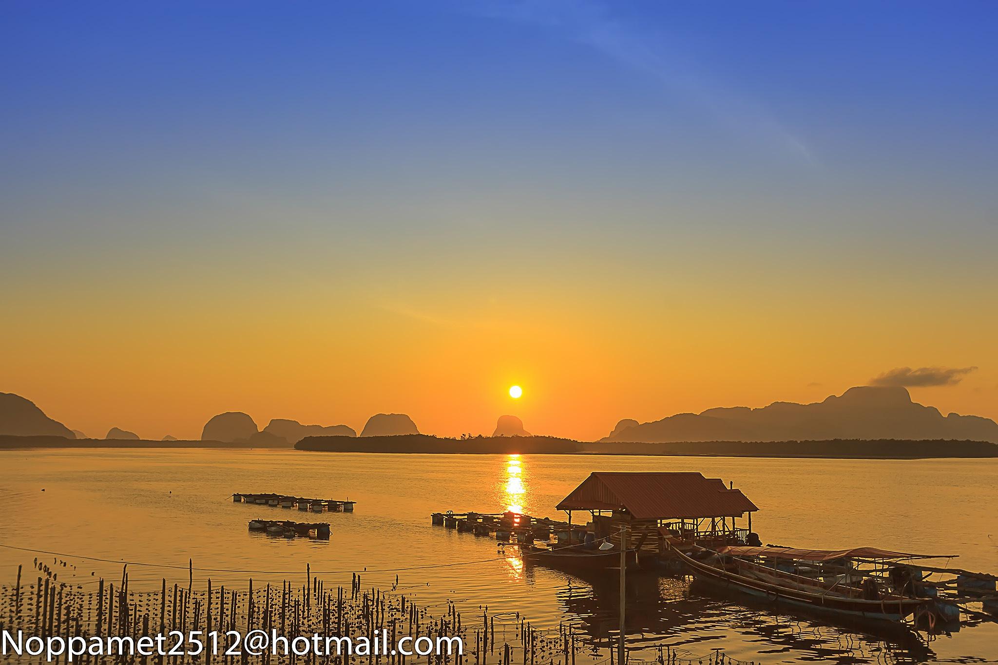 Sunrise by noppamet. jeamsakun