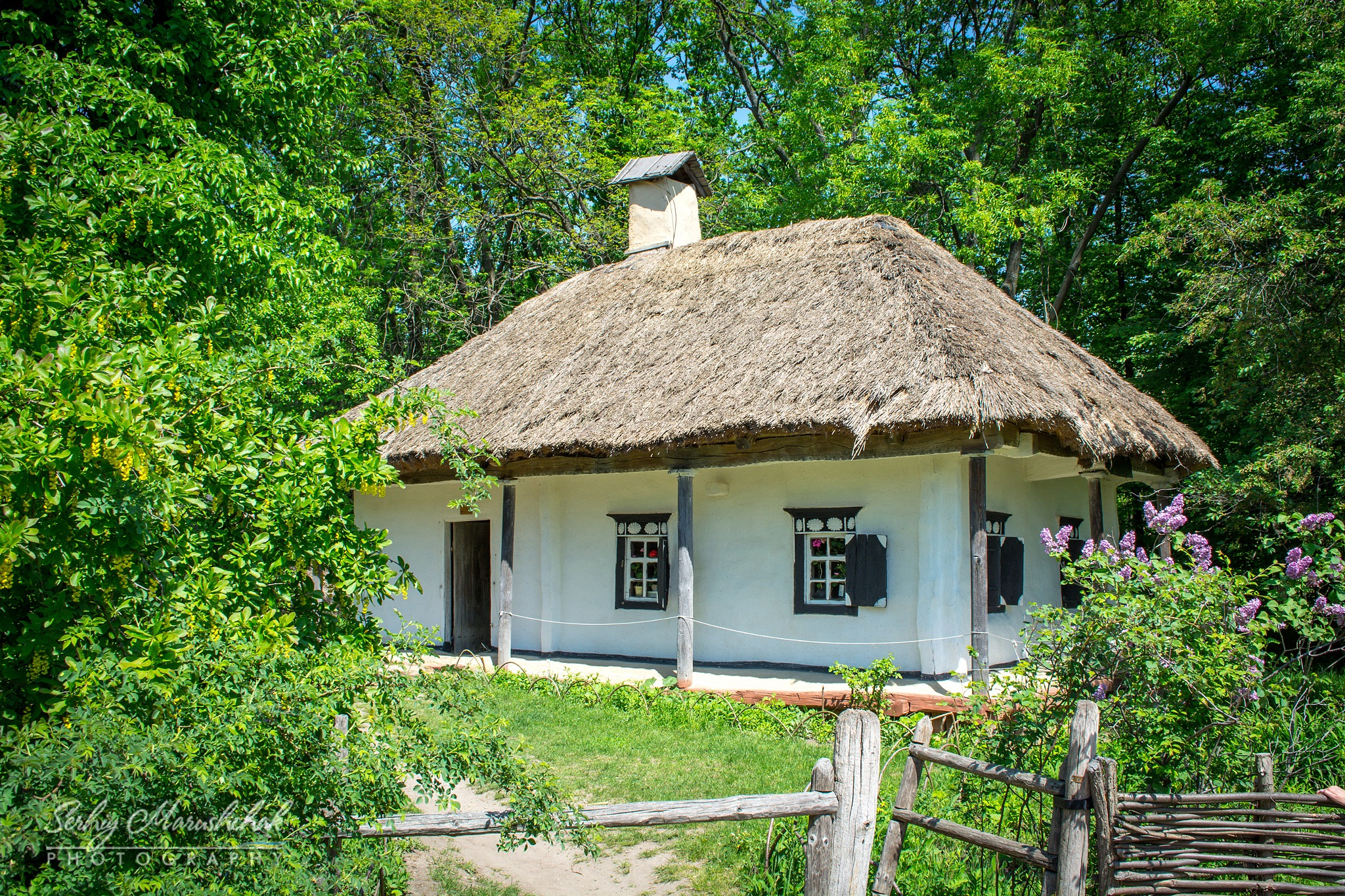 Весняна хатка... / Ukrainian hut in spring... by artmars07