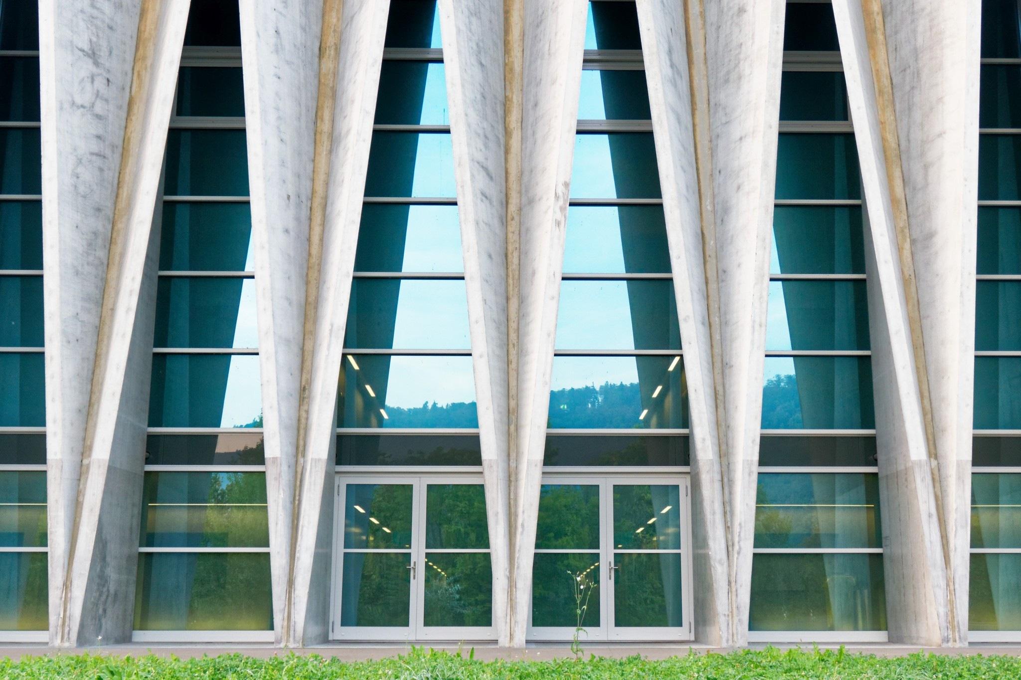 Turnhalle by Hansjuerg Buehler
