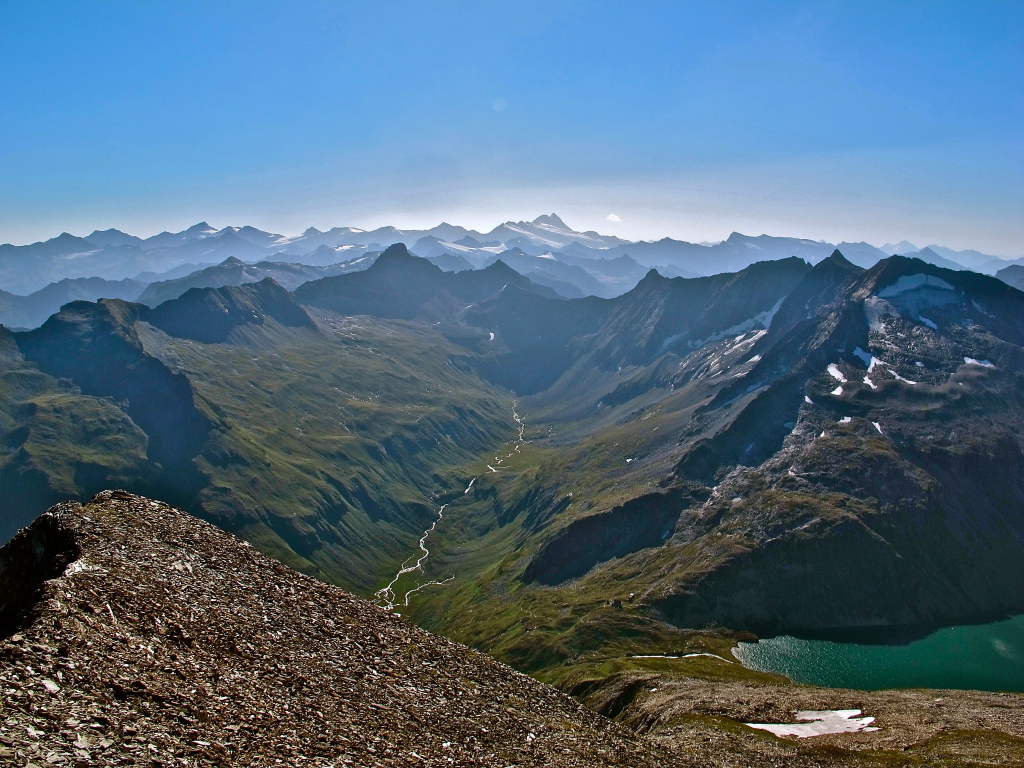 View from Larmkogel (3022 m) towards the Grossglockner by echumachenco