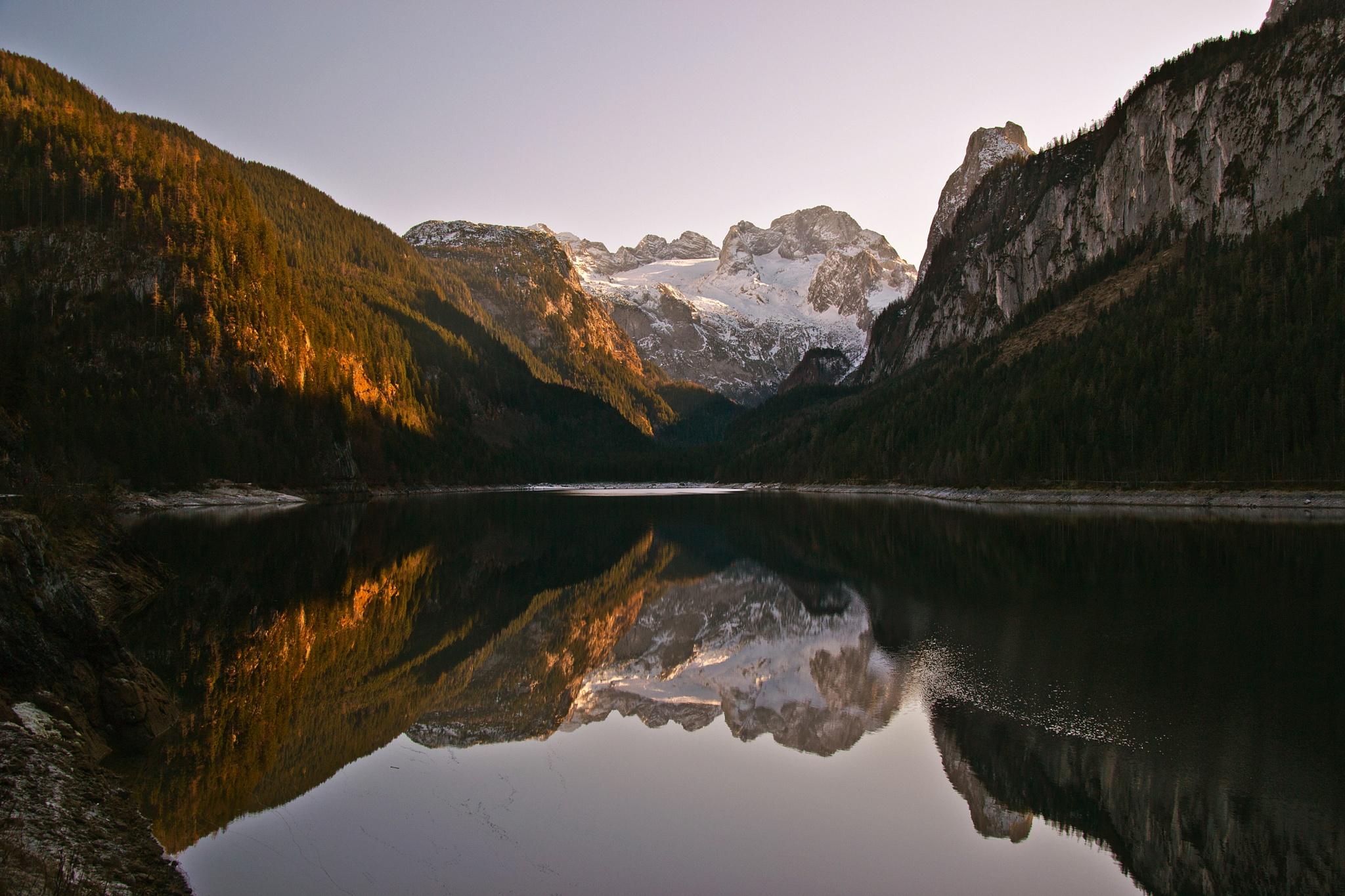 Lake Vorderer Gosausee by echumachenco