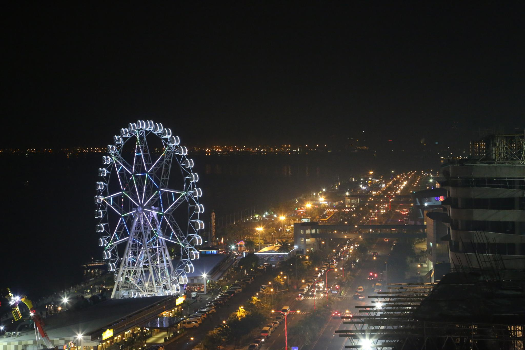 Mall of Asia area by pj4s
